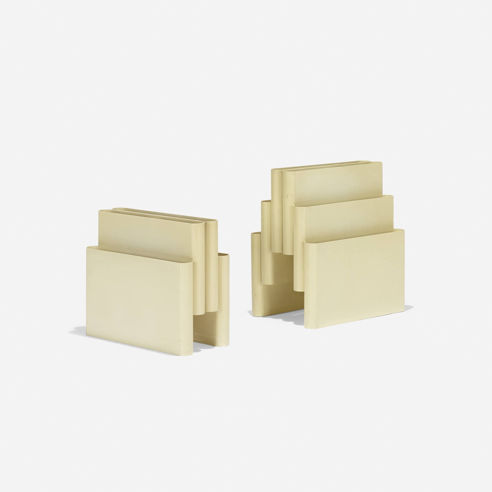 201: Giotto Stoppino / magazine stands, set of two (1 of 2)