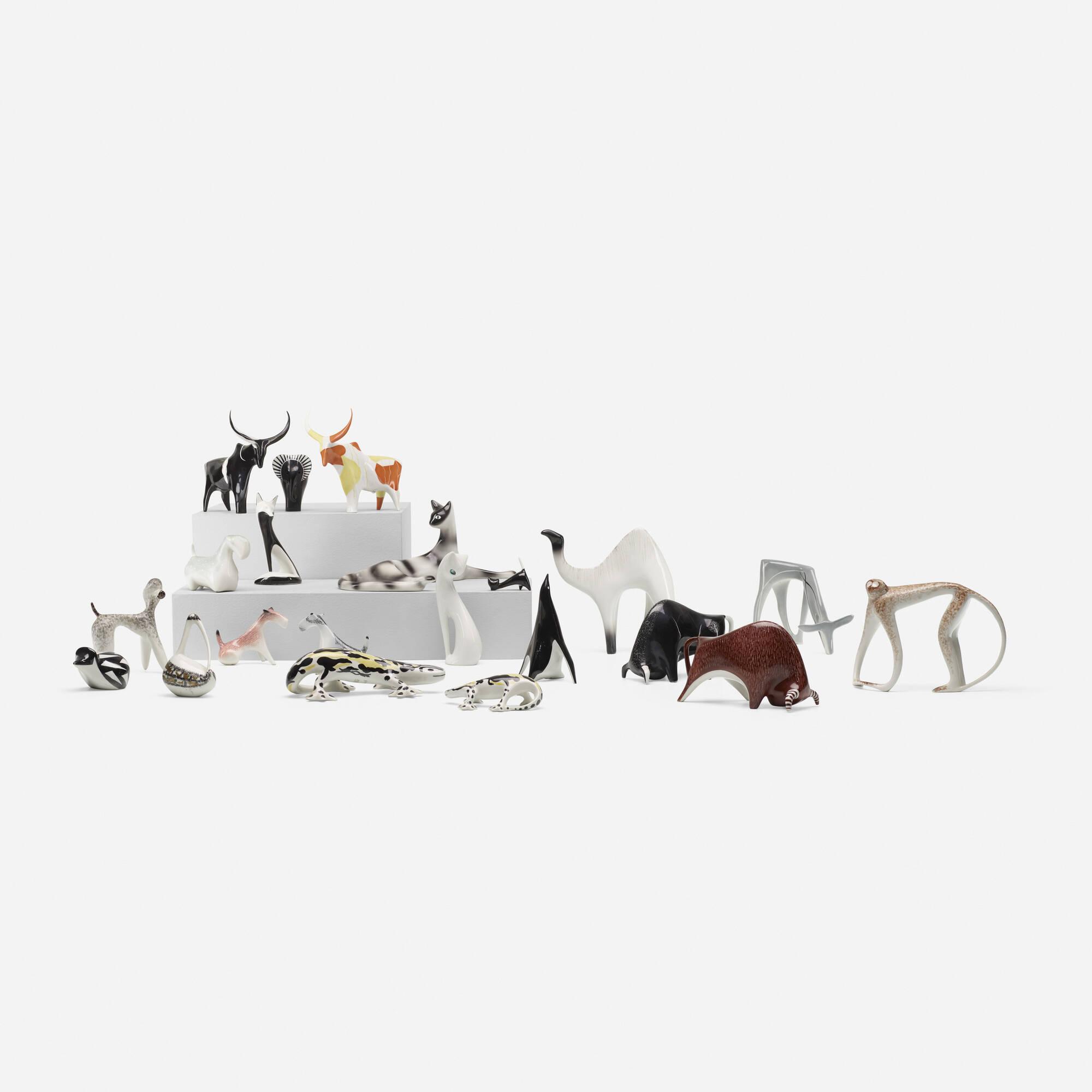 203: Mieczyslaw Naruszewicz / collection of twenty-one animal figurines (1 of 4)