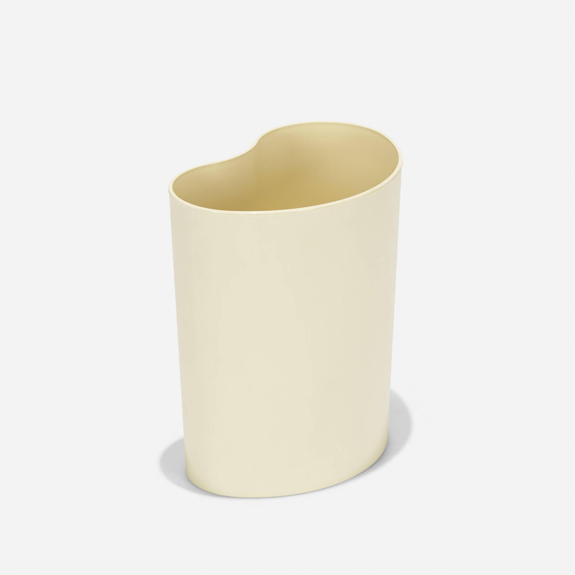 203: Enzo Mari / Chio wastepaper basket (1 of 2)