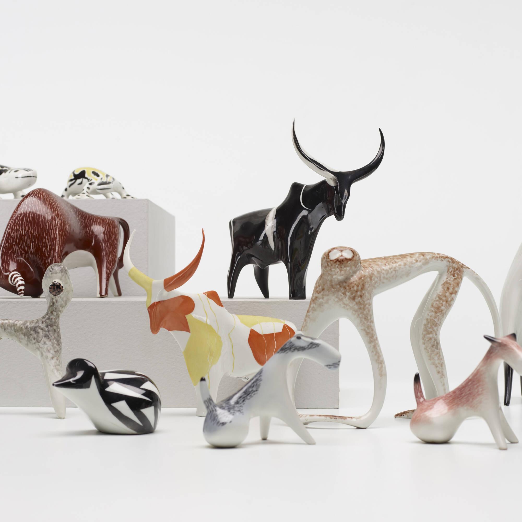 203: Mieczyslaw Naruszewicz / collection of twenty-one animal figurines (2 of 4)