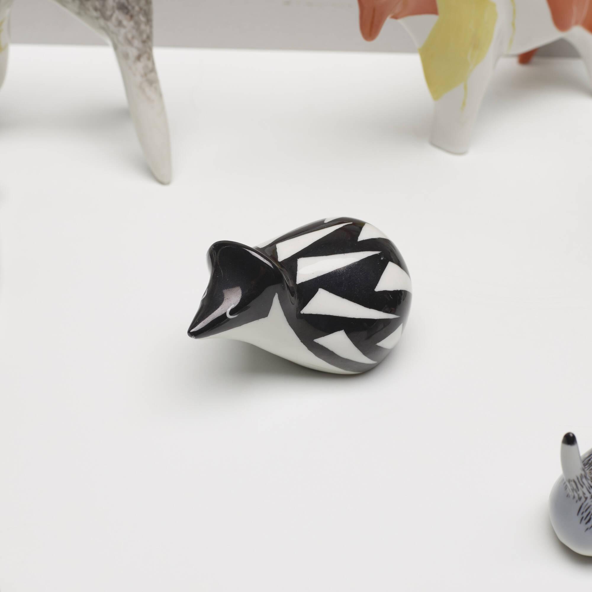 203: Mieczyslaw Naruszewicz / collection of twenty-one animal figurines (3 of 4)
