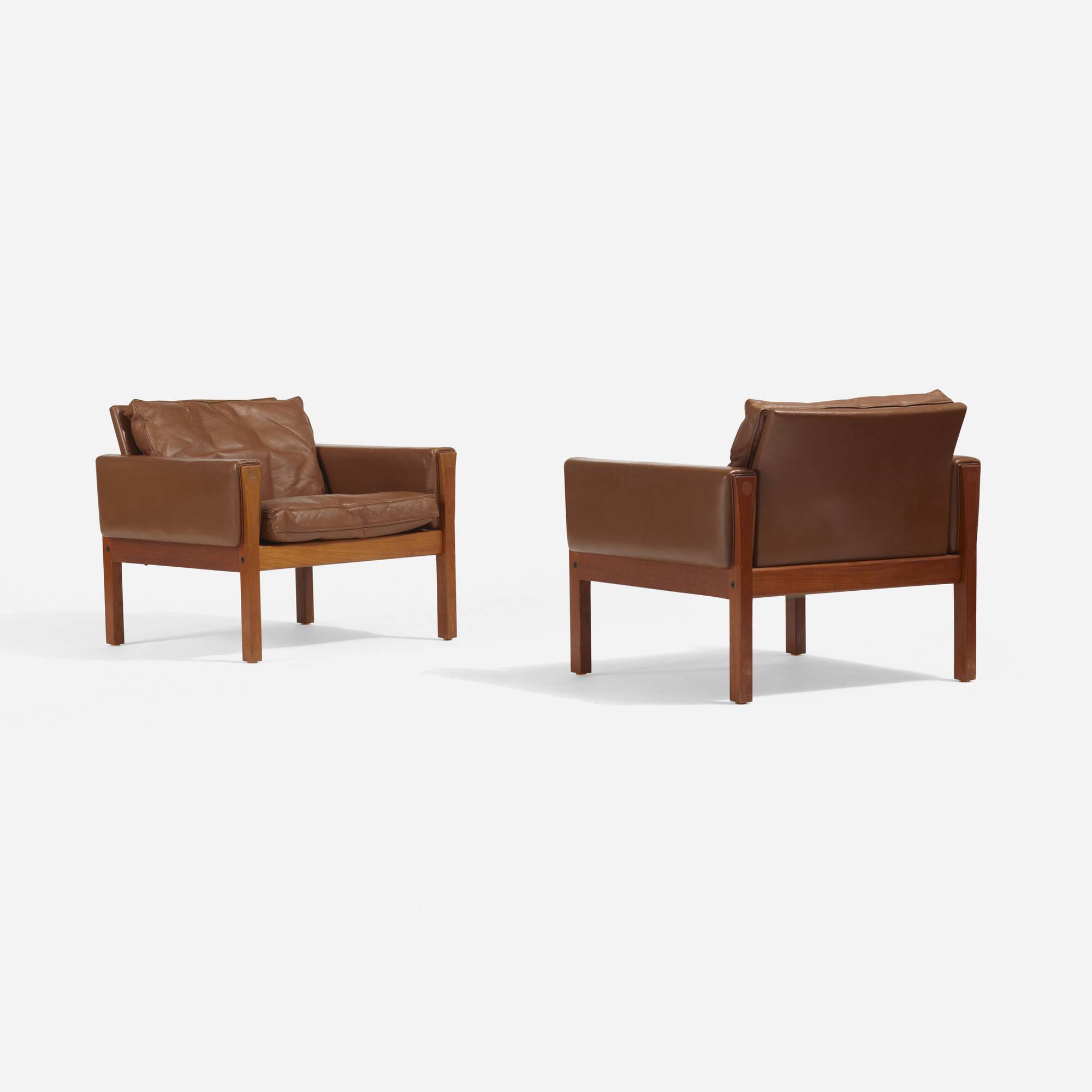 204: Hans J. Wegner / Lounge Chairs Model AP62, Pair (2 Of 3) ...