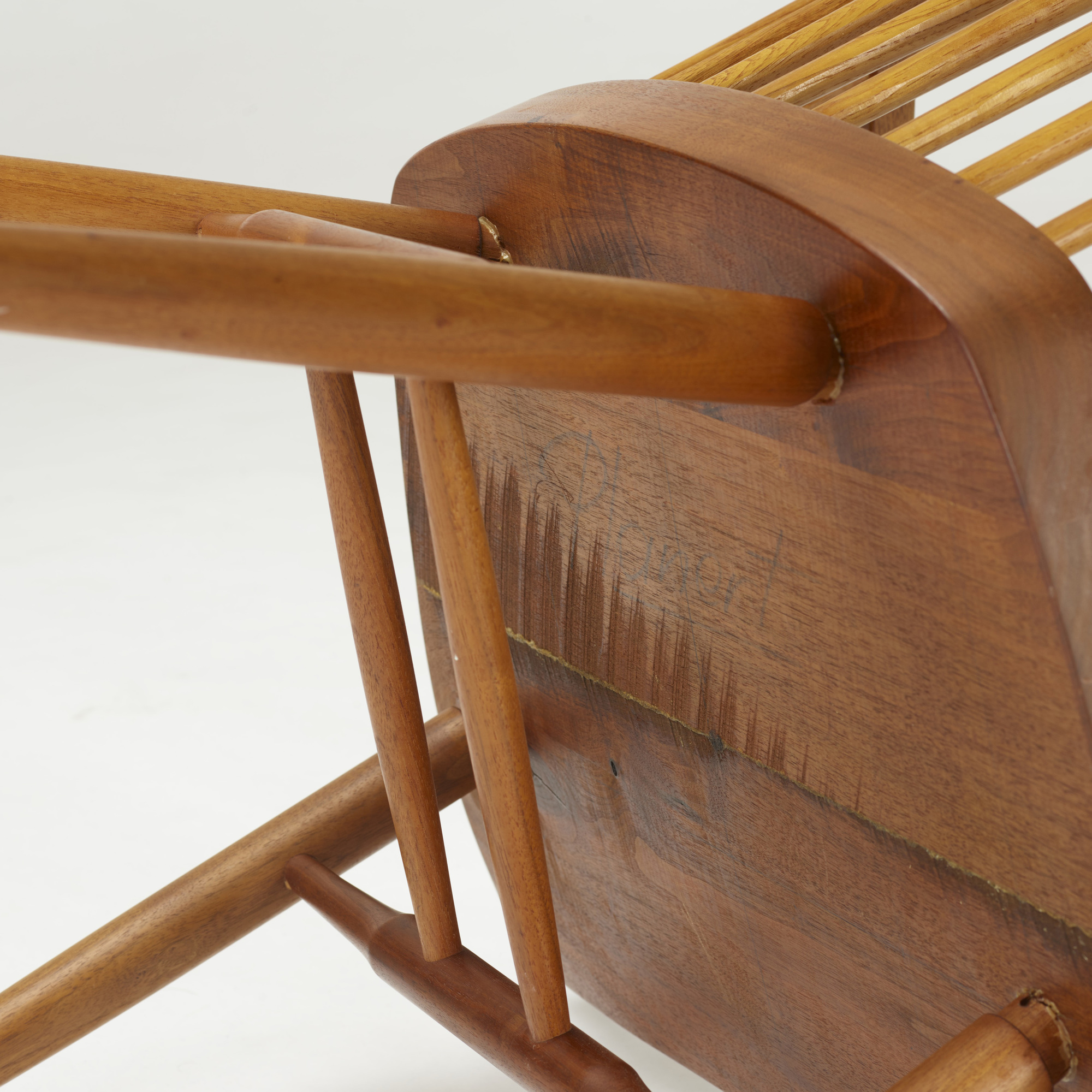 Superbe ... 206: George Nakashima / New Chairs, Pair (4 Of 4)