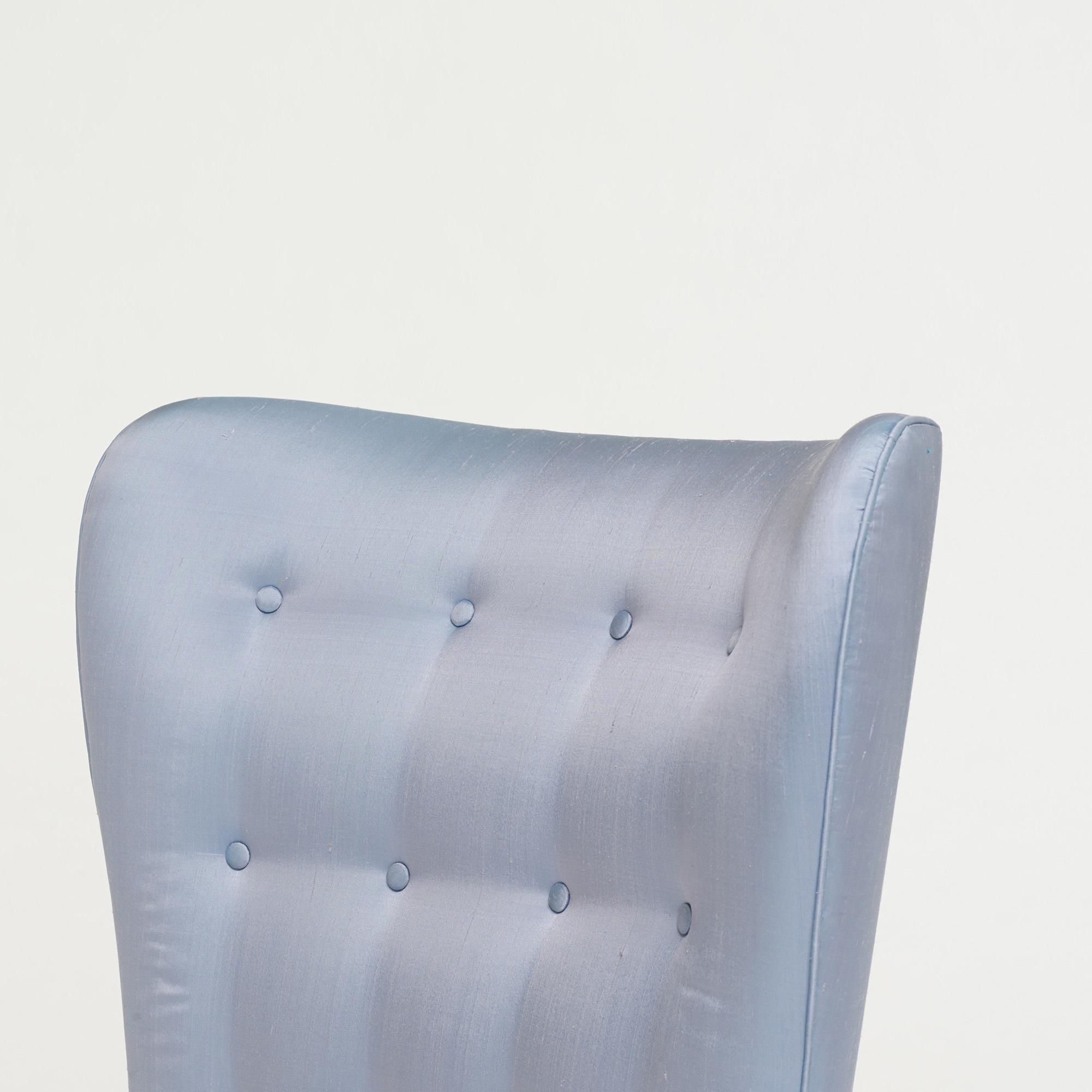 Nett Design Sofa Plat Von Arketipo Mit Integriertem Regal Und ...
