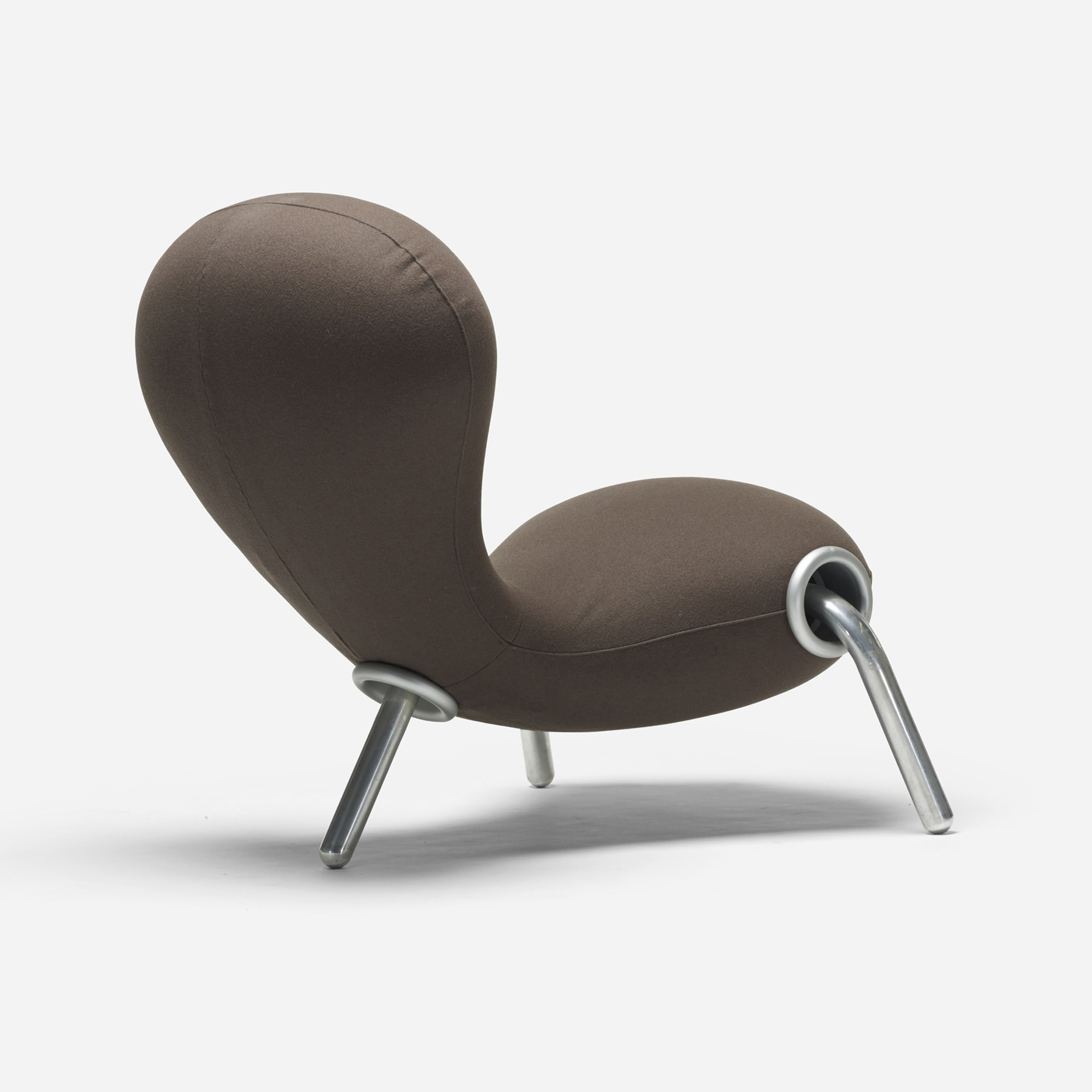 209: Marc Newson / Embryo chair (1 of 2)