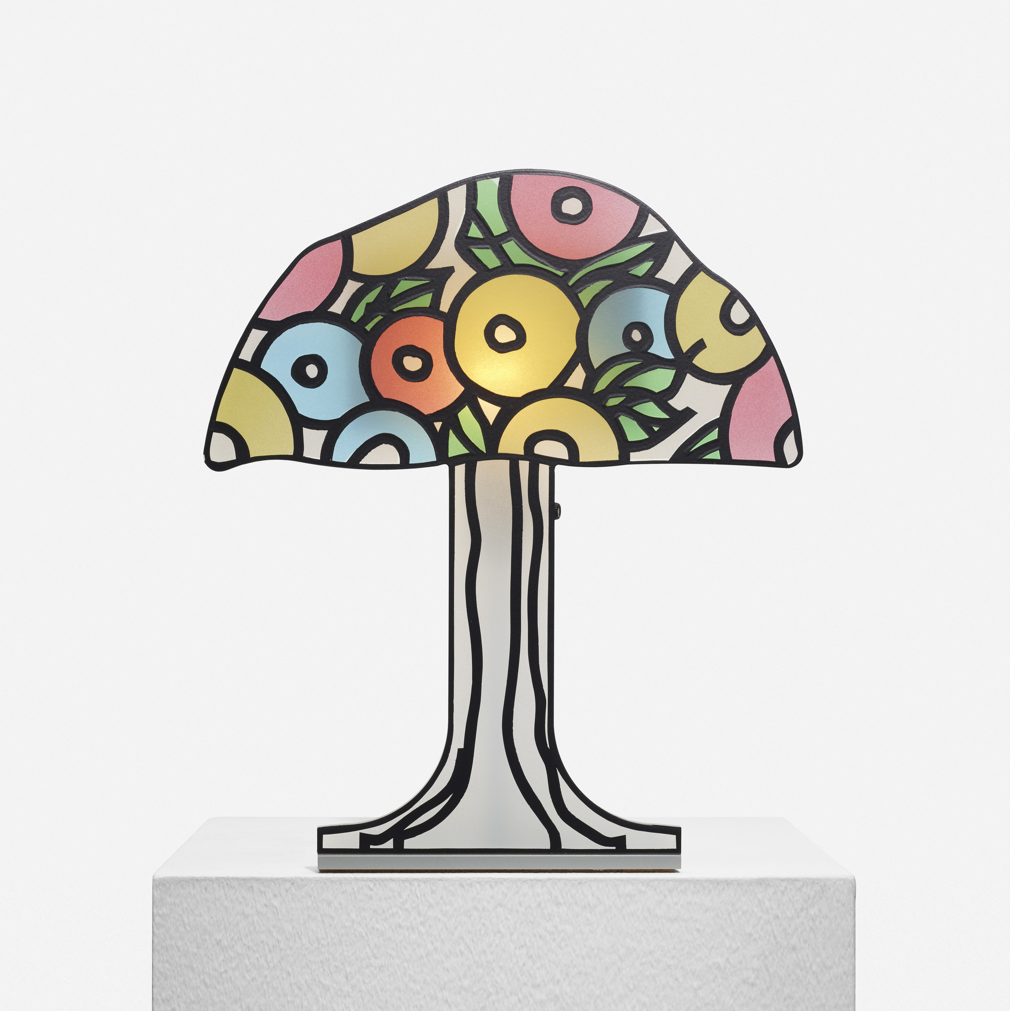 210: Robert Venturi with Denise Scott Brown / Tiffany Lamp (1 of 1)