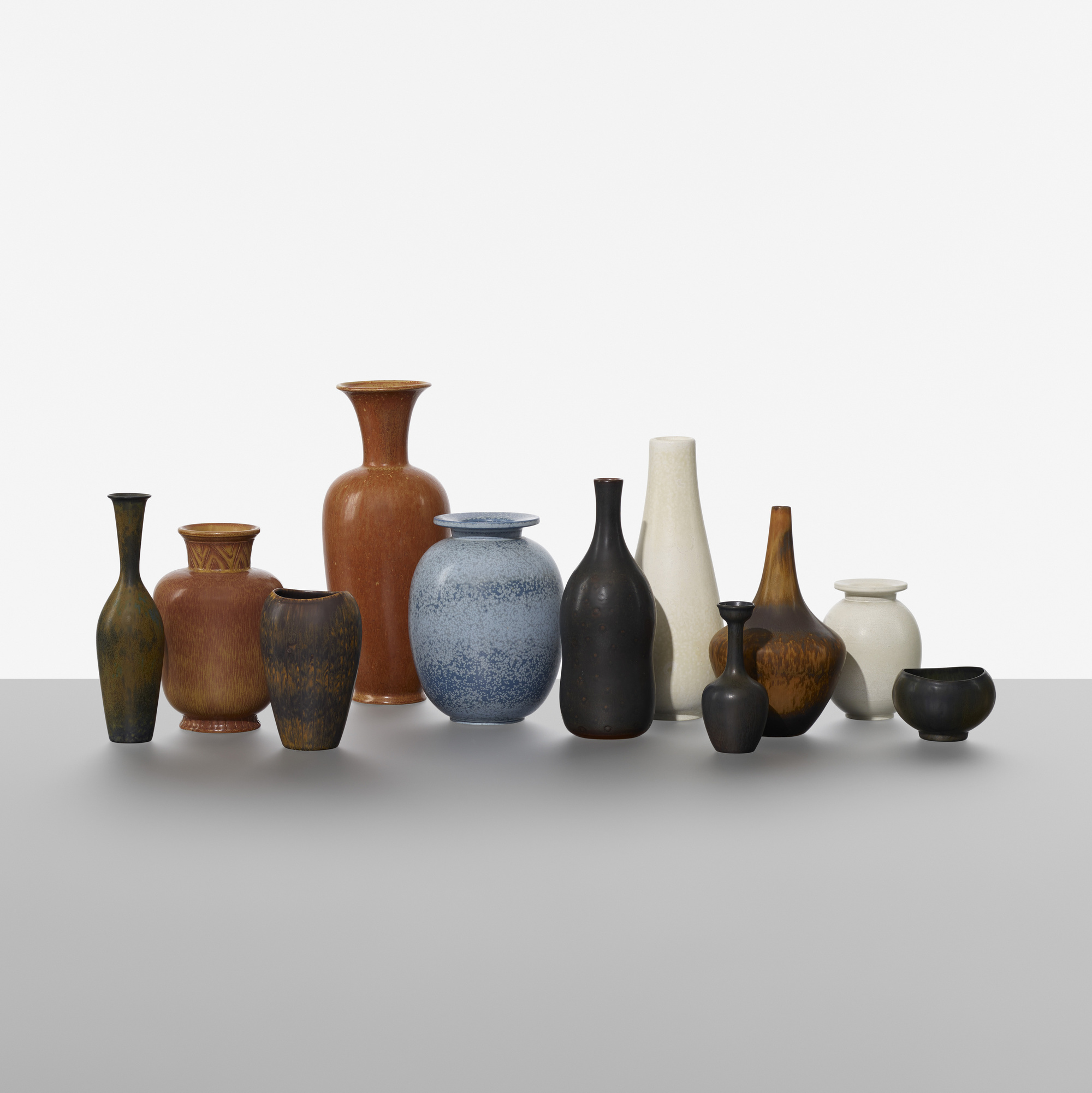 214: Gunnar Nylund / collection of eleven vases (1 of 3)