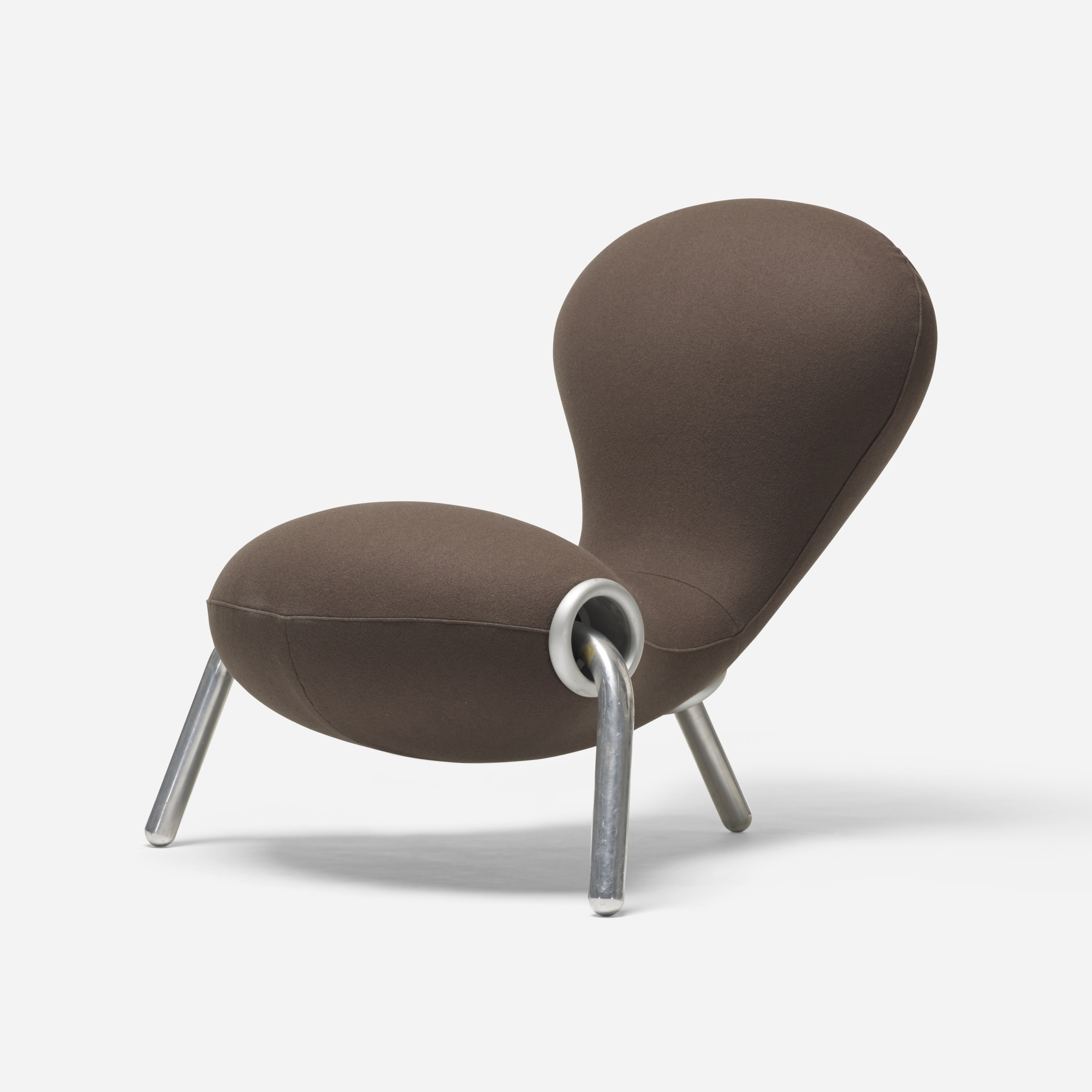 216: Marc Newson / Embryo chair (1 of 2)