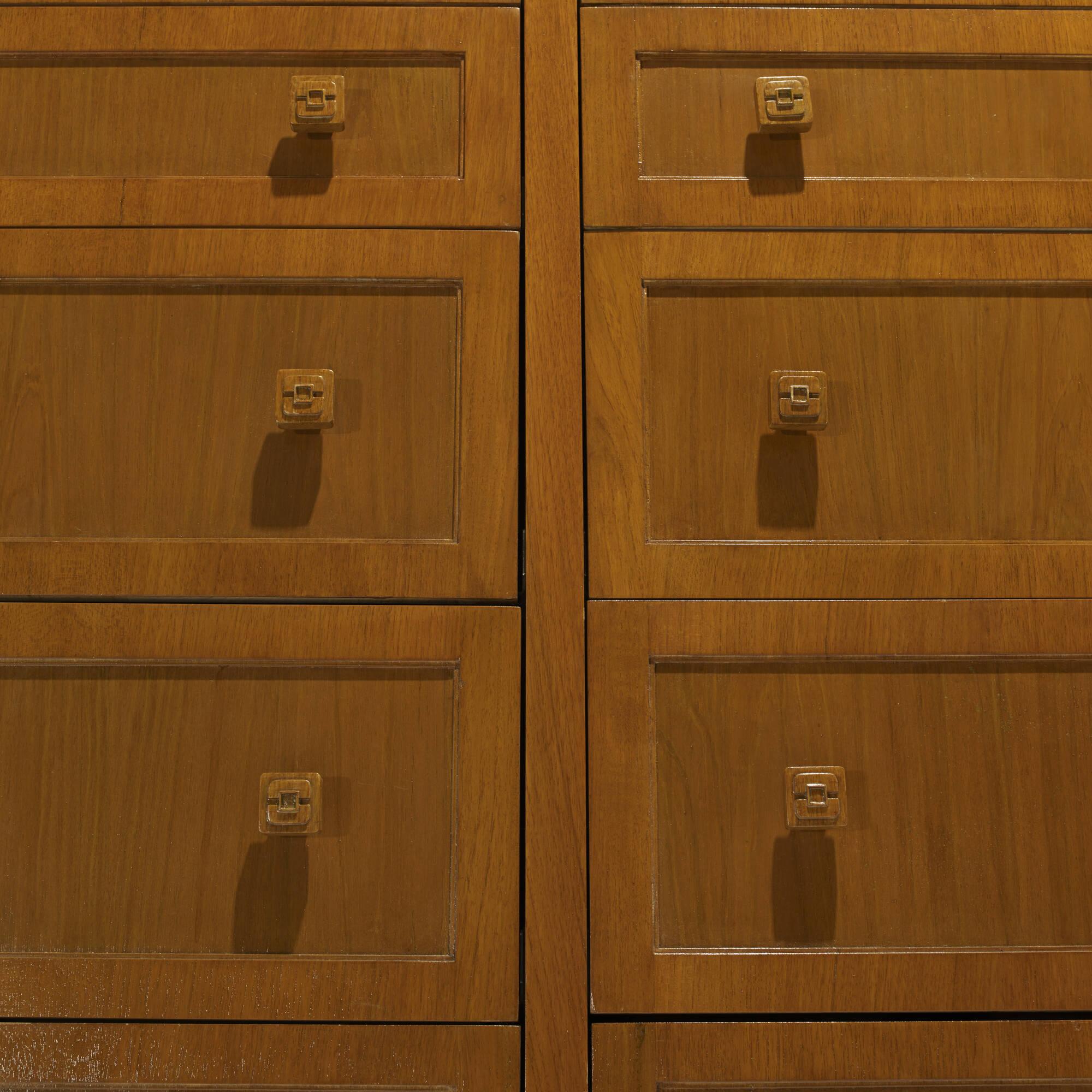 218: Art Deco / cabinet (3 of 3)