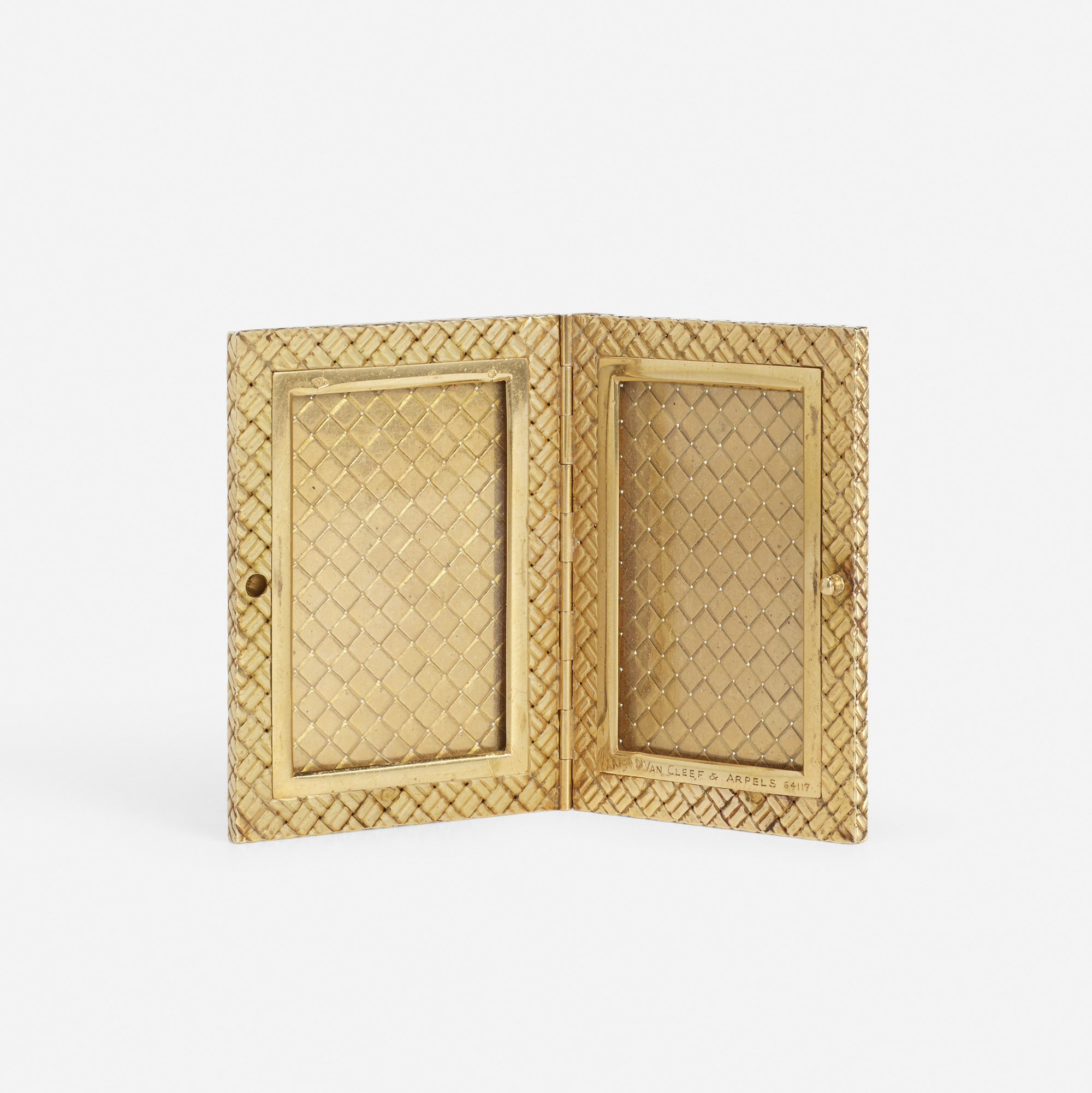 219: Van Cleef & Arpels / A gold traveling picture frame (2 of 2)