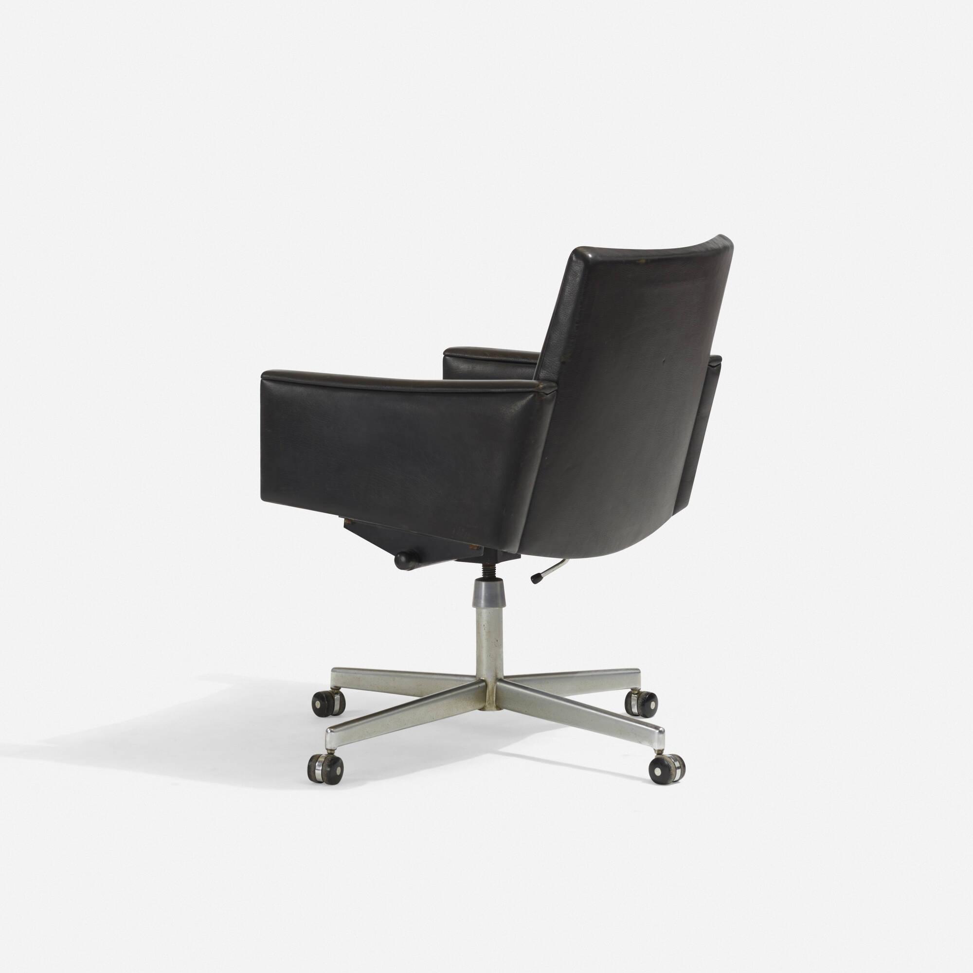 222 Hans J Wegner Desk Chair 2 Of 4
