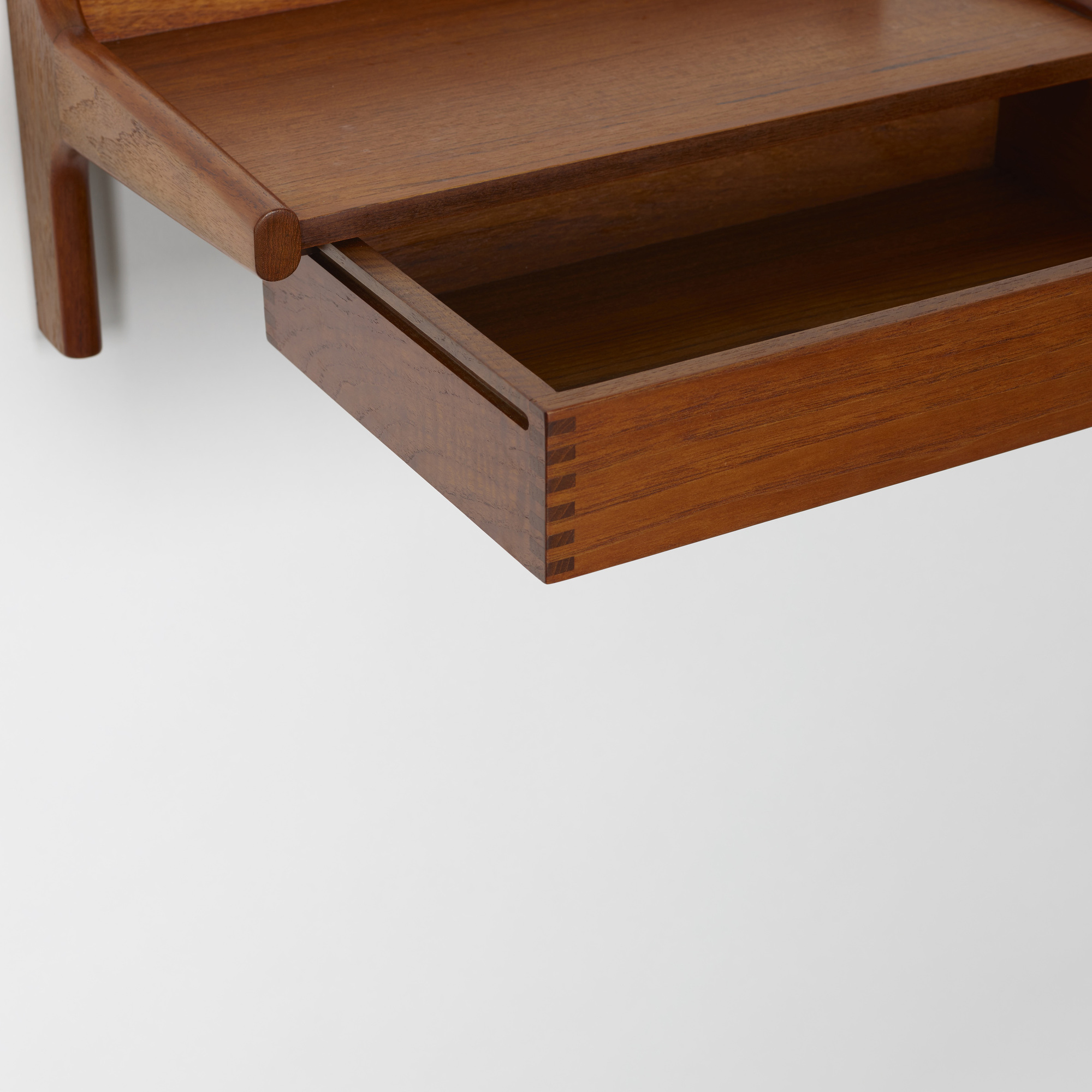 222: Børge Mogensen / wall-mounted shelves, pair (3 of 3)
