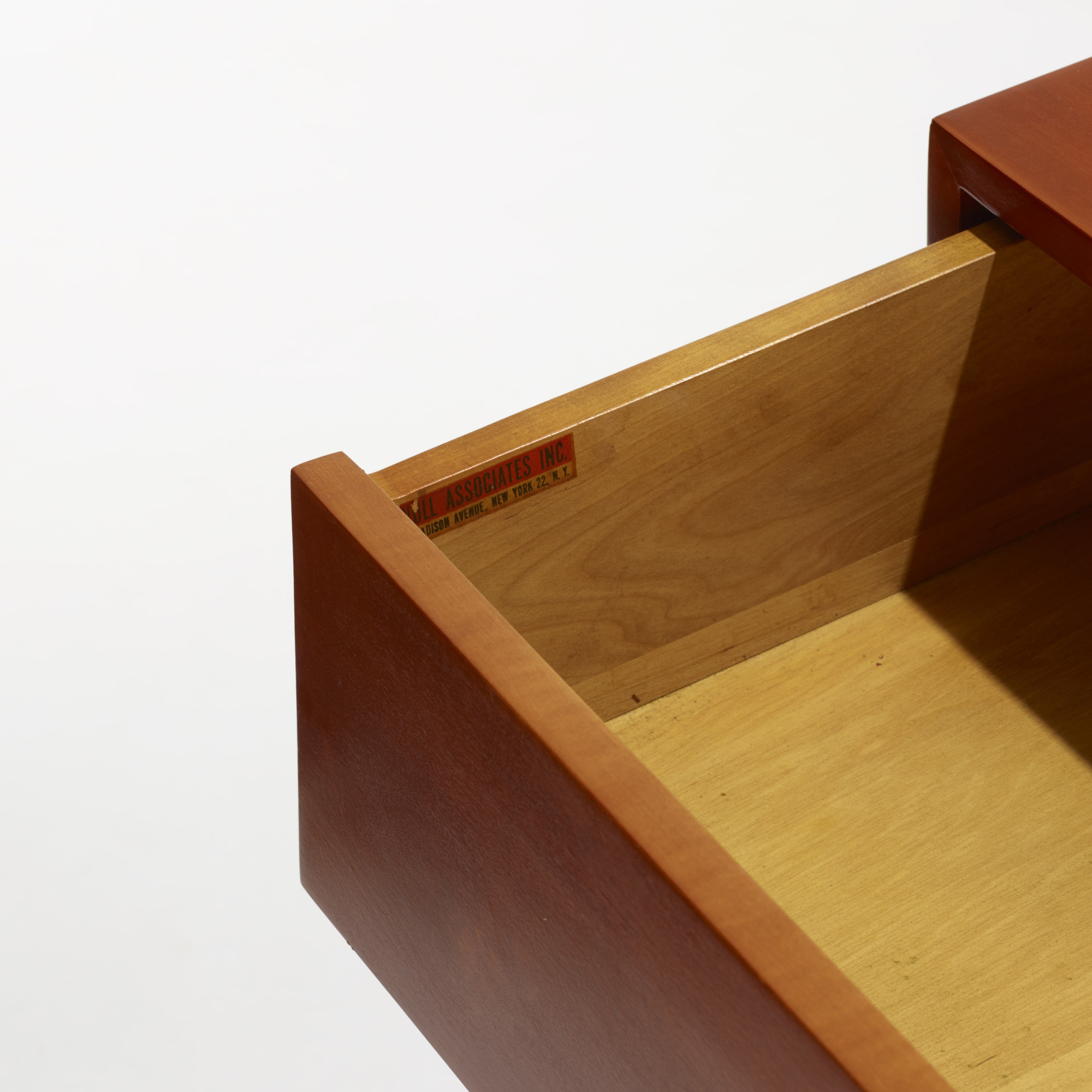 225: Florence Knoll / cabinets, pair (3 of 3)
