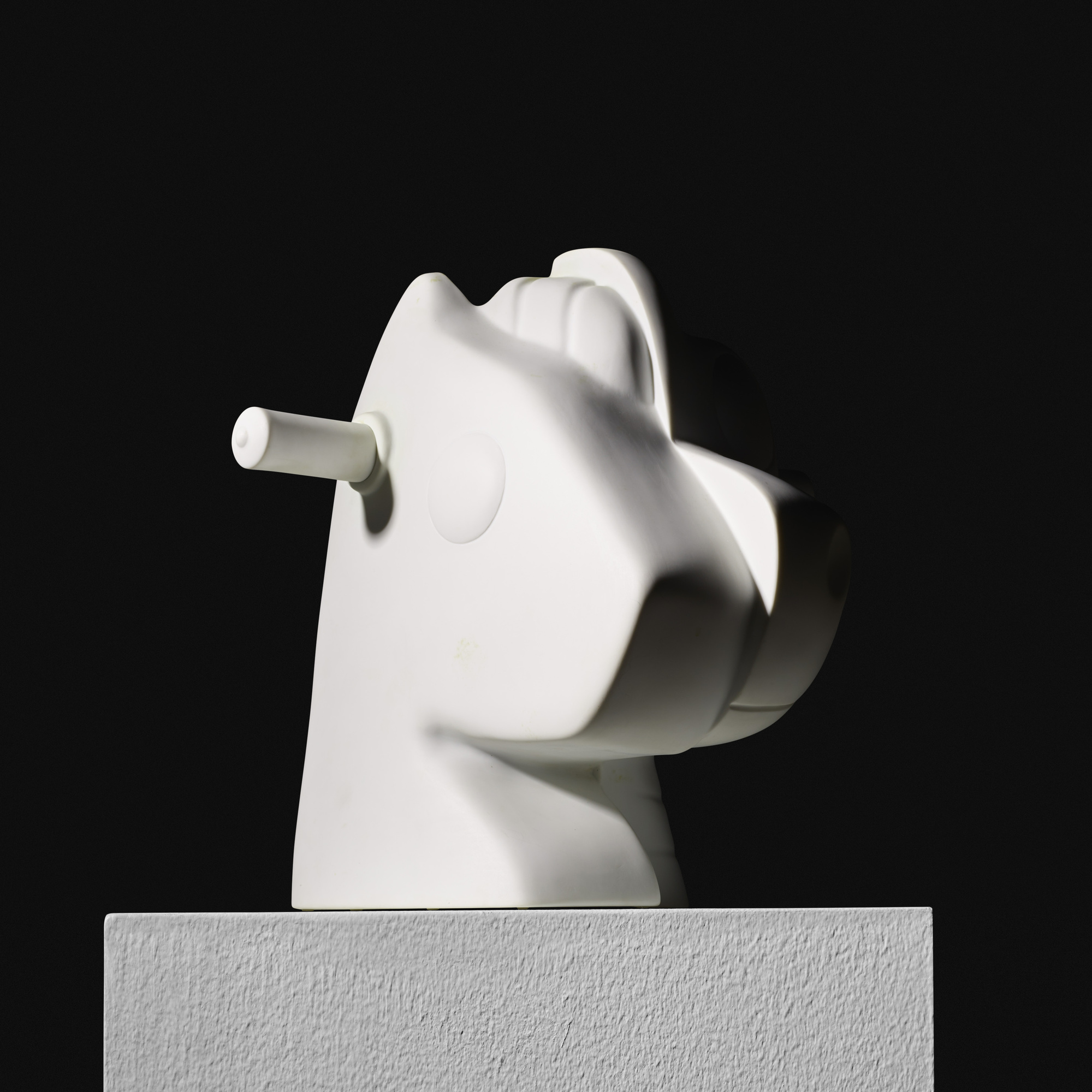226: Jeff Koons / Split Rocker (vase) (1 of 3)