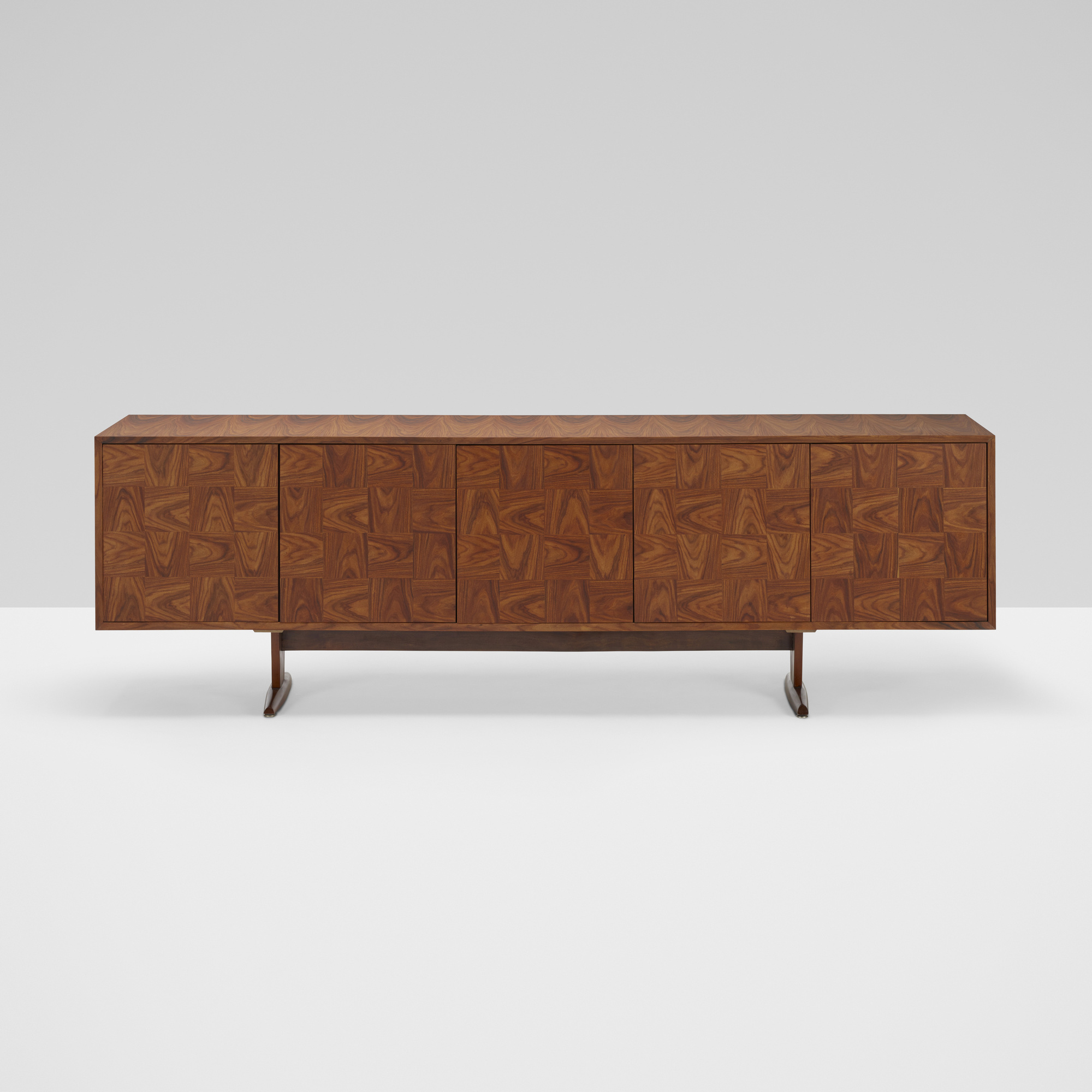 228: Giuseppe Scapinelli / cabinet (1 of 4)
