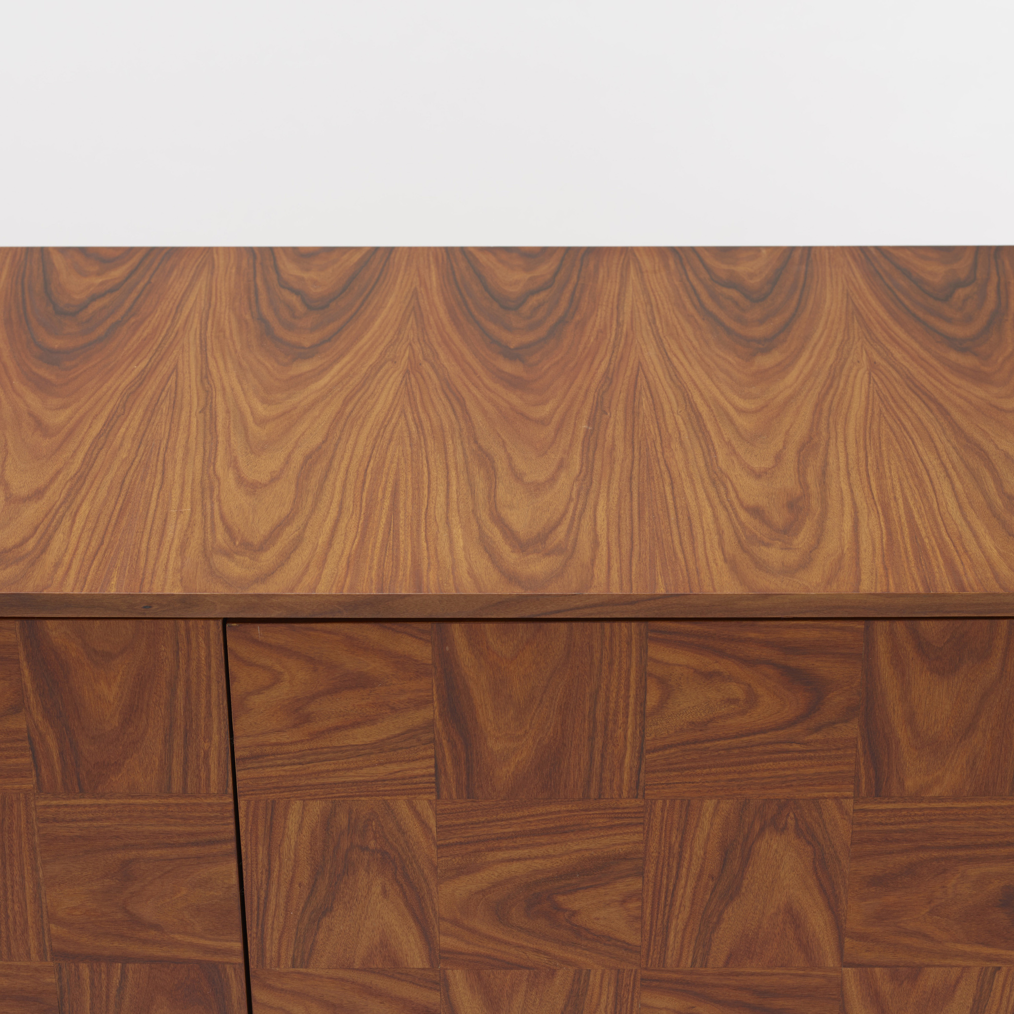 228: Giuseppe Scapinelli / cabinet (3 of 4)
