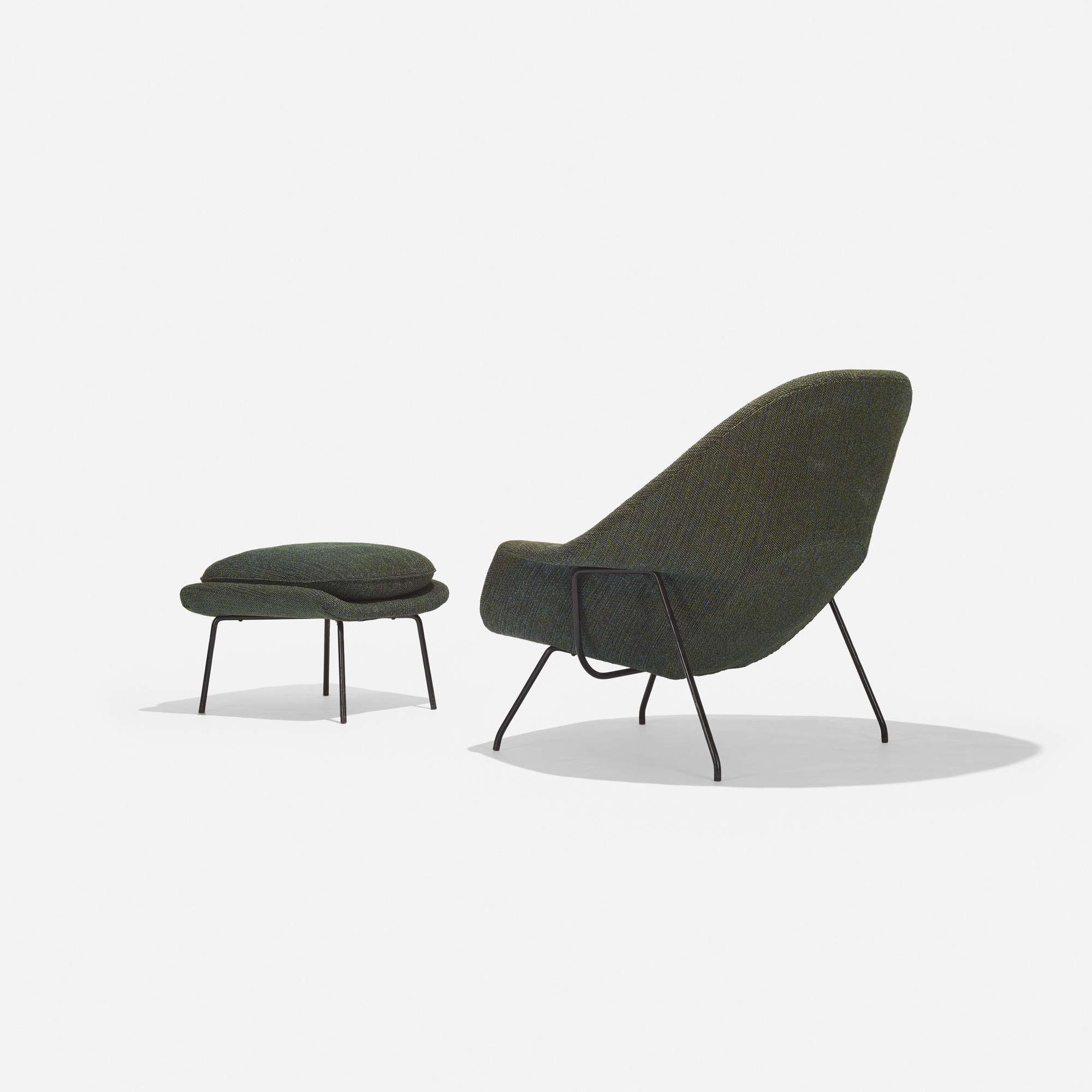 229: Eero Saarinen / Womb chair and ottoman (3 of 3)
