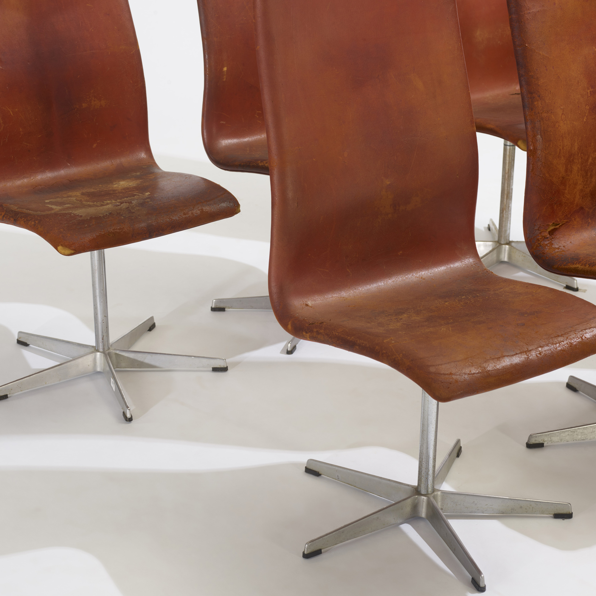 230: Arne Jacobsen / Oxford chairs model 7403, set of six (3 of 3)