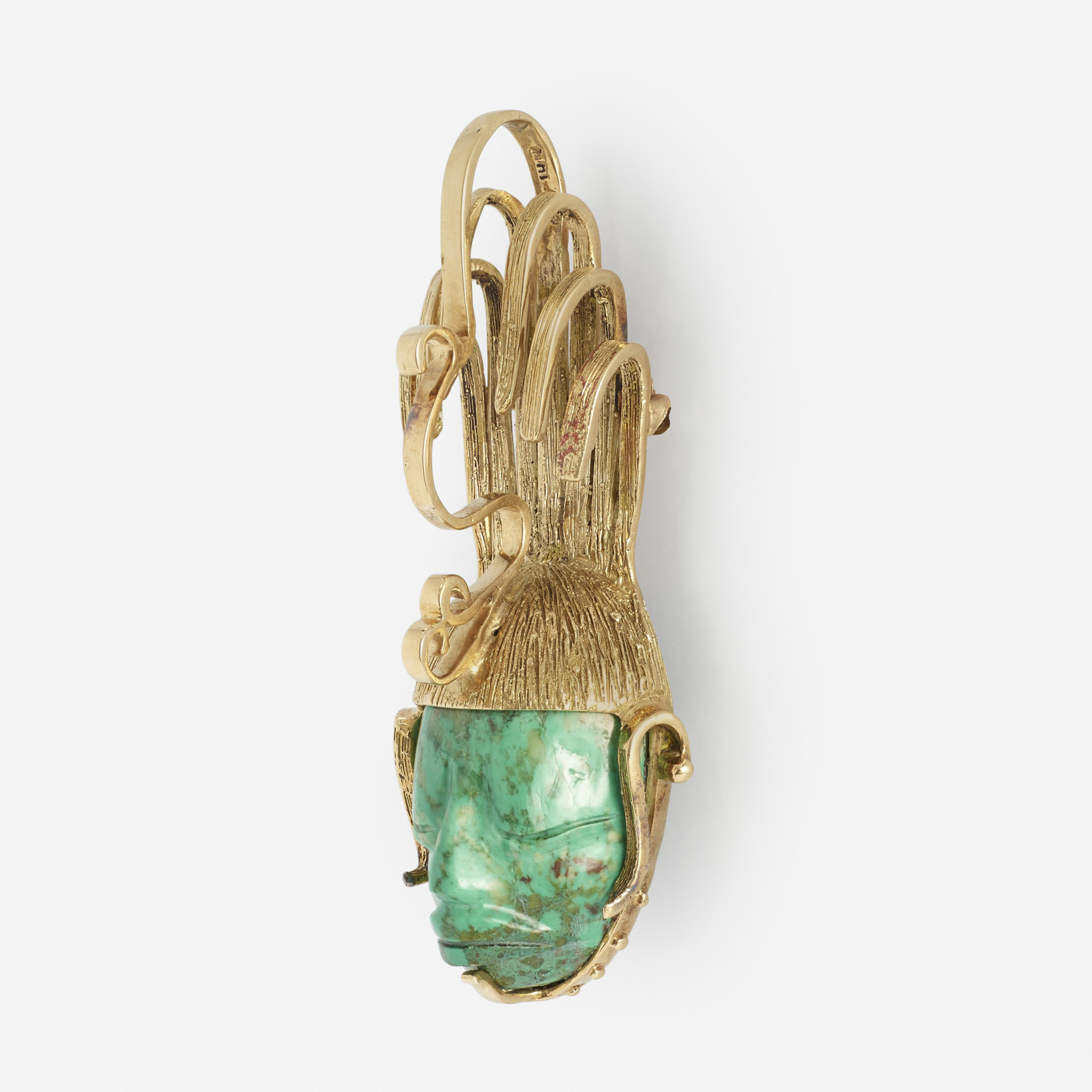 234:  / A gold and malachite pendant (2 of 2)