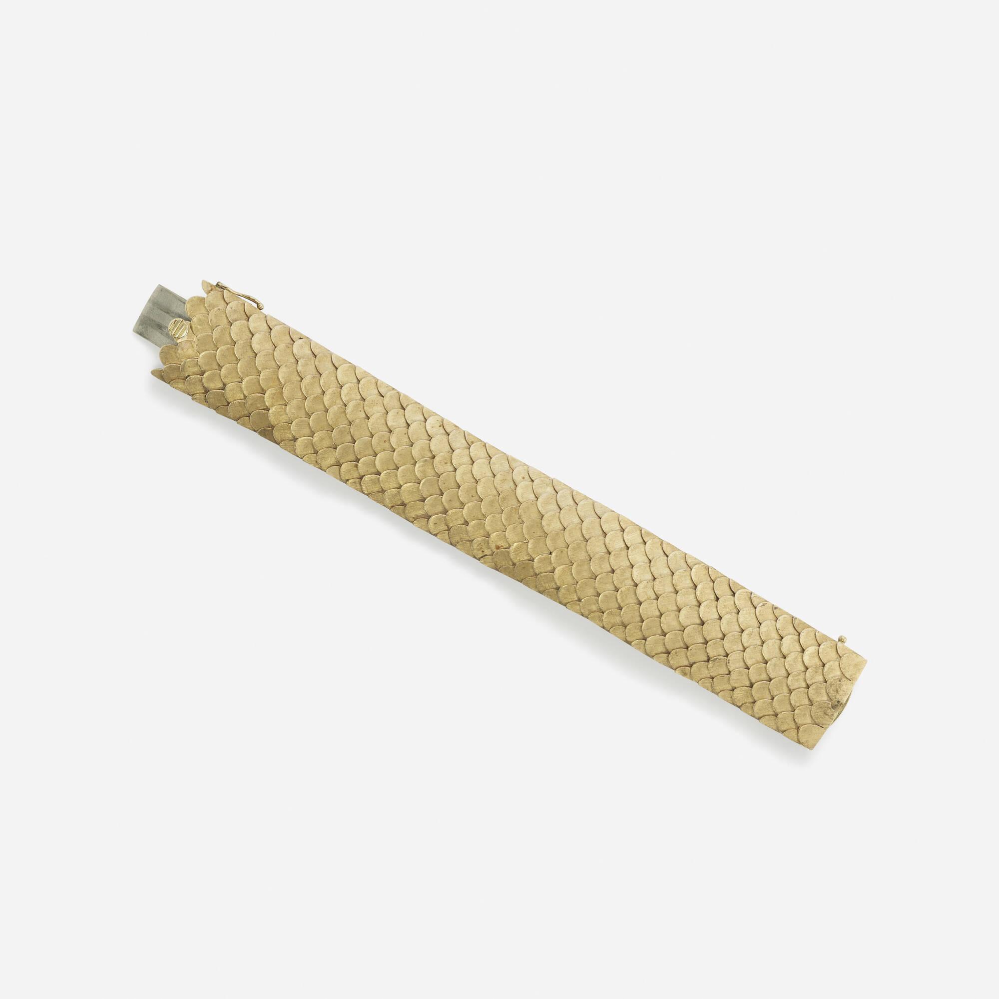 236: Cellino / A gold bracelet (1 of 1)