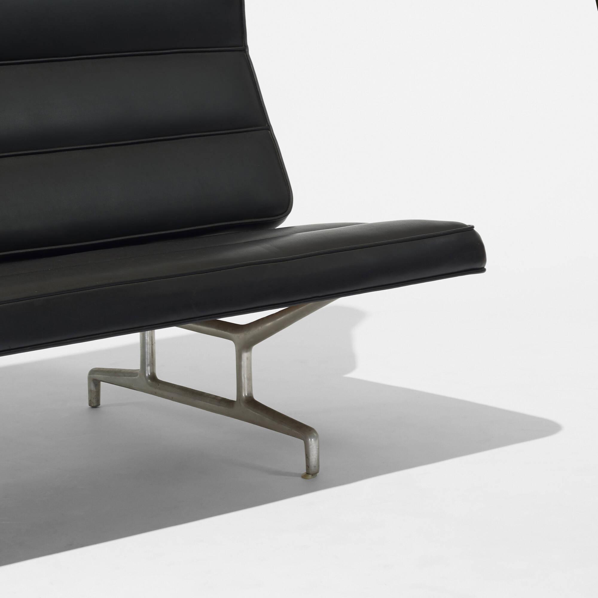 ... 236: Charles And Ray Eames / Sofa, Model 3473 (3 Of 3)