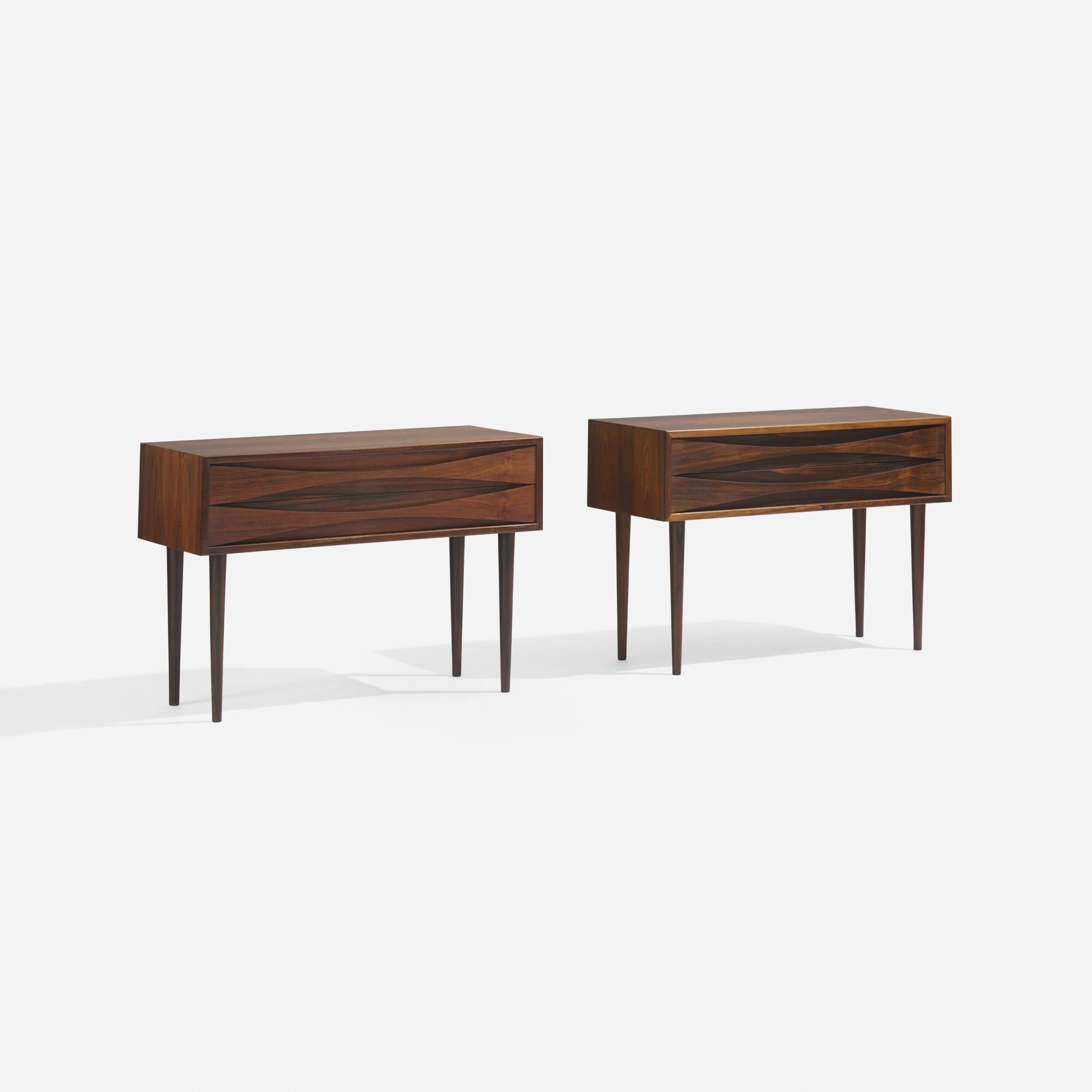239: Arne Vodder / nightstands, pair (1 of 3)