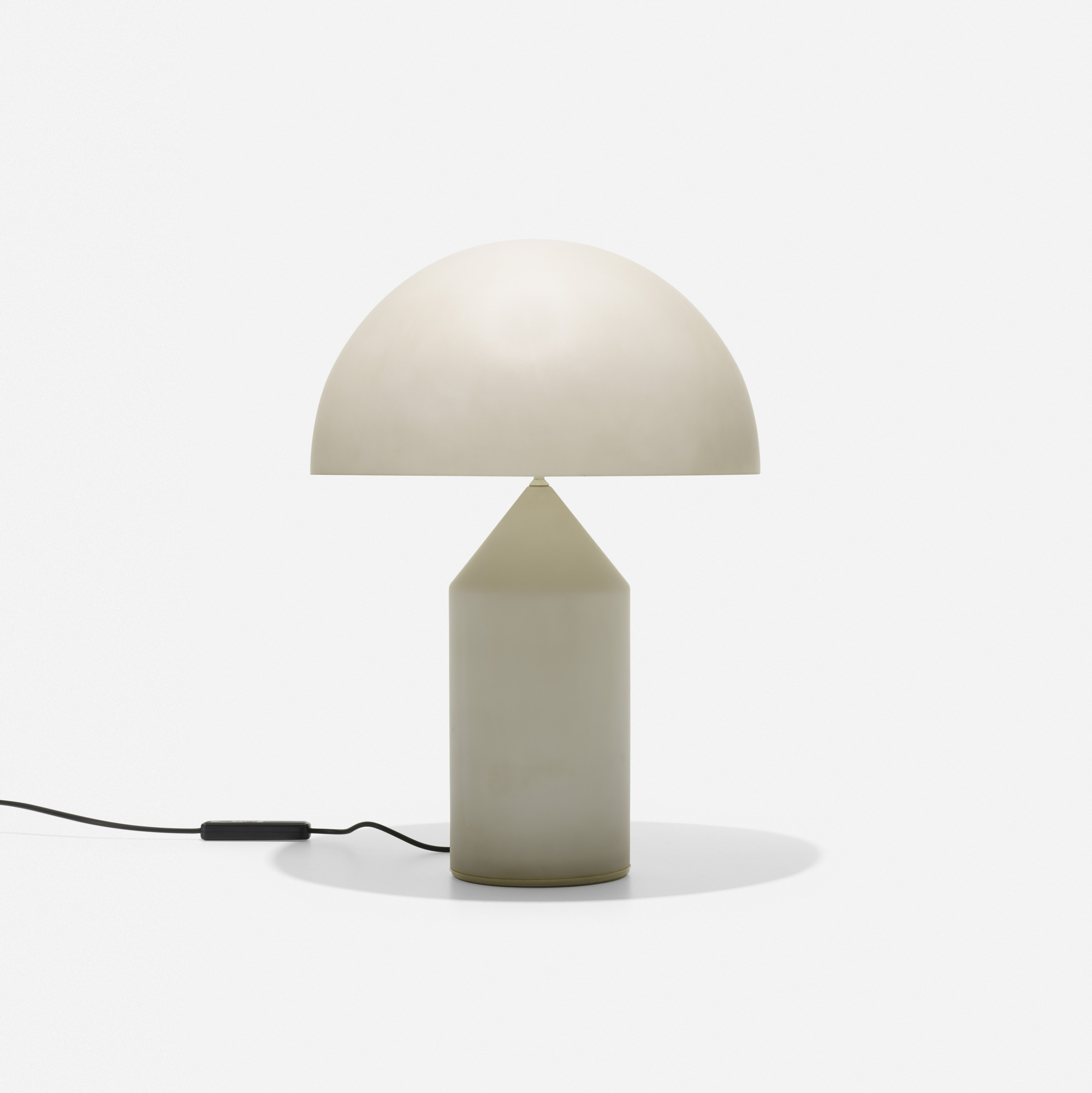 240: Vico Magistretti / Atollo table lamp (1 of 1)