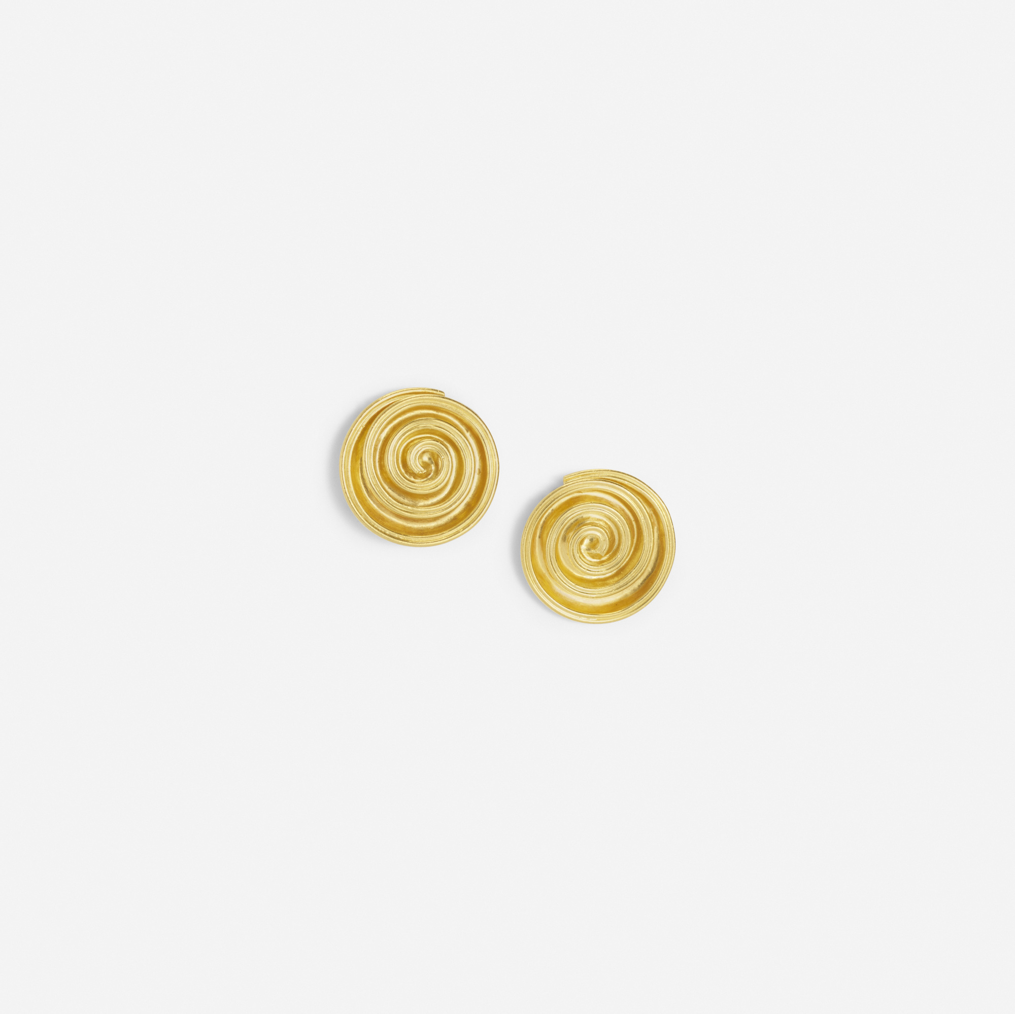 241: Lalaounis / A pair of gold earrings from the Minoan & Mycenaean Collection (1 of 1)