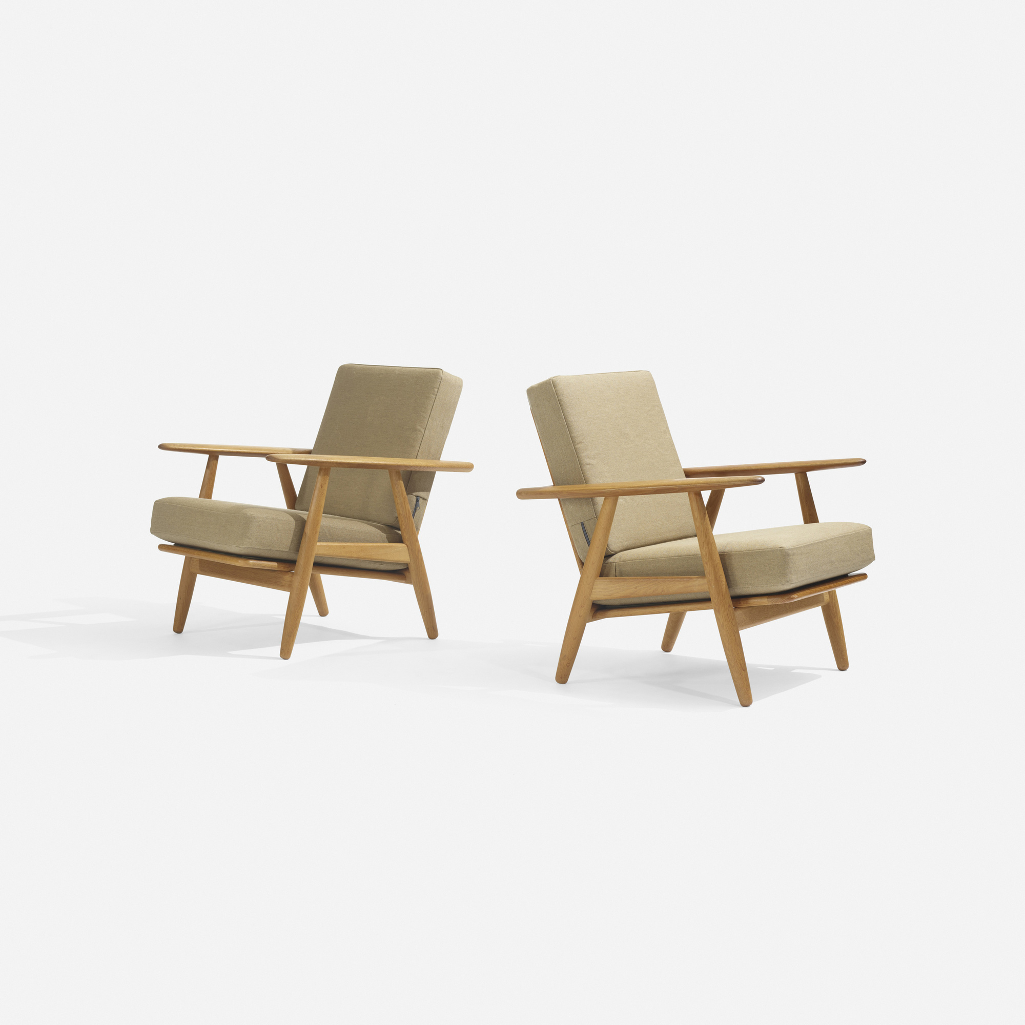 242: Hans J. Wegner / lounge chairs model GE240, pair (2 of 4)