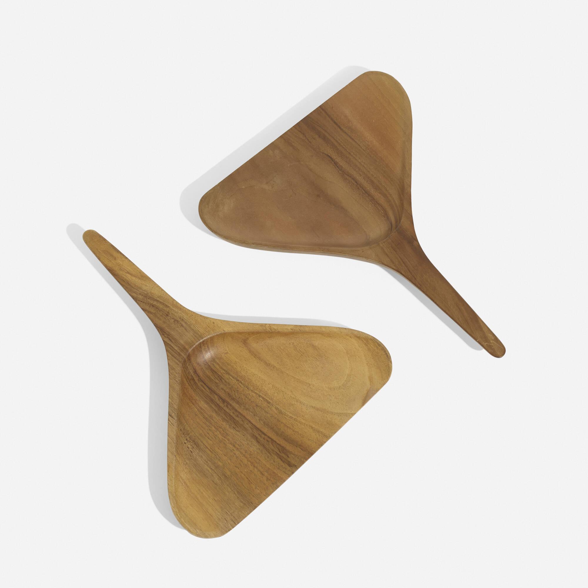 243: Carl Auböck III / dustpans, pair (1 of 1)