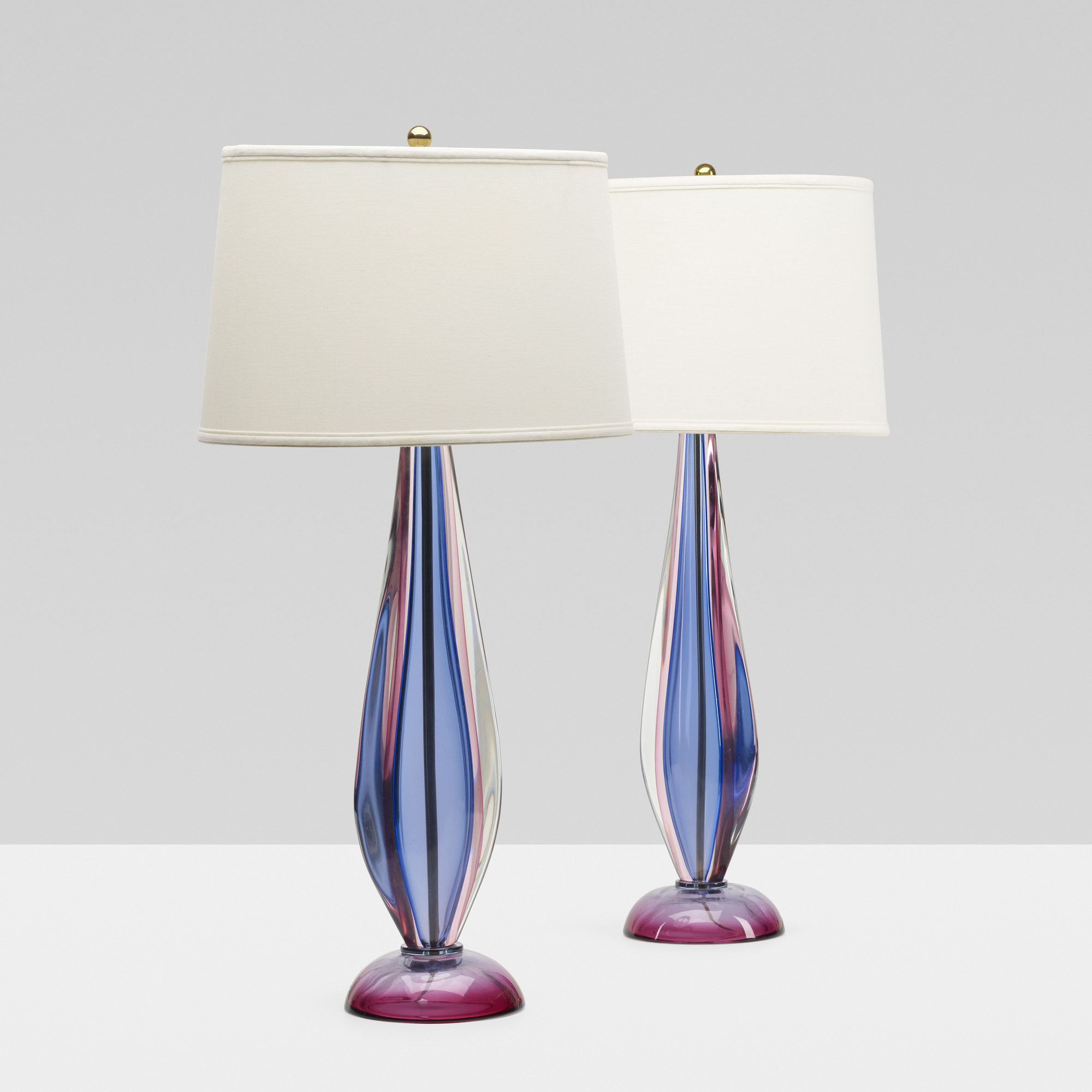 246: Archimede Seguso / table lamps, pair (1 of 3)