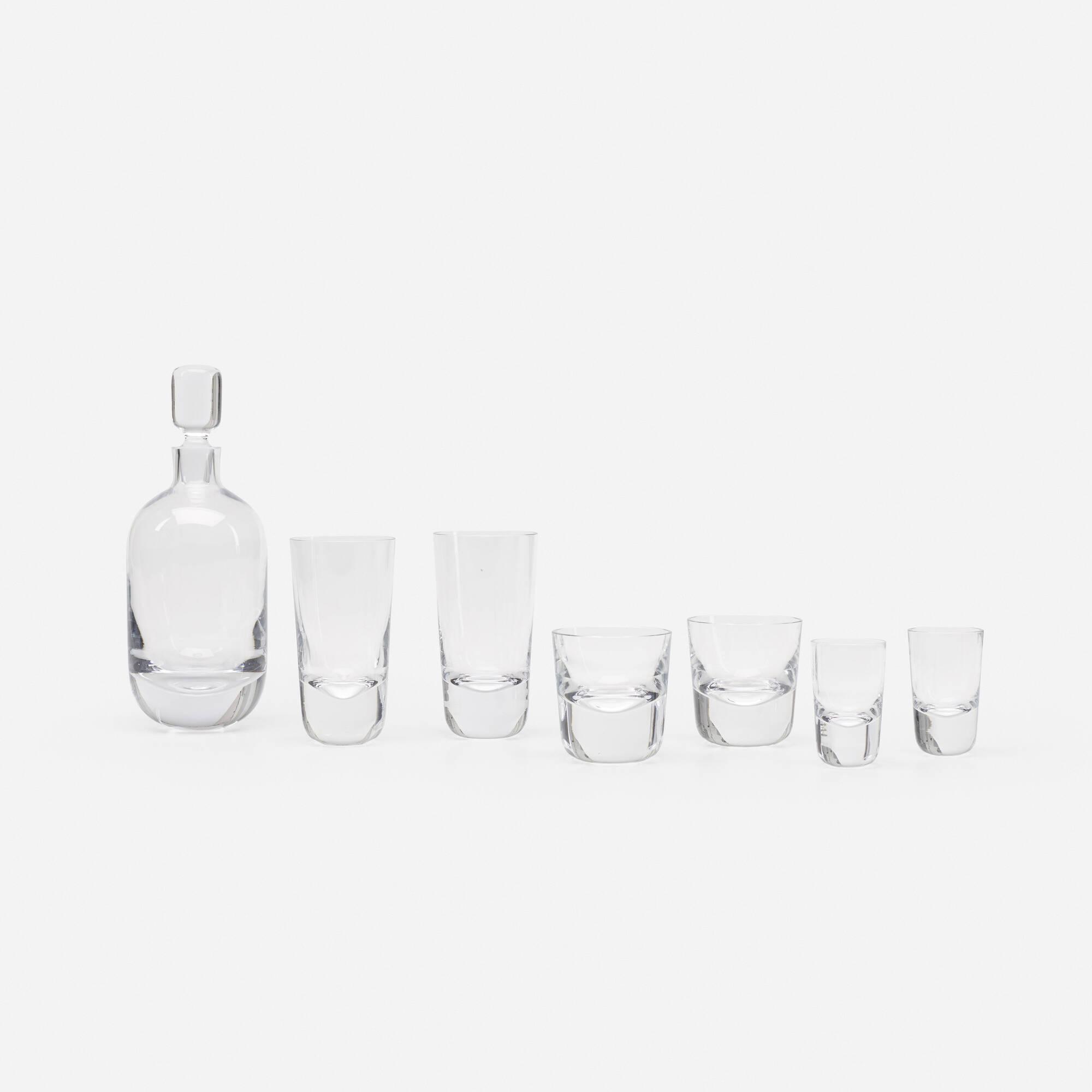 246: Duncan & Miller Glass Co. / glassware set (1 of 2)
