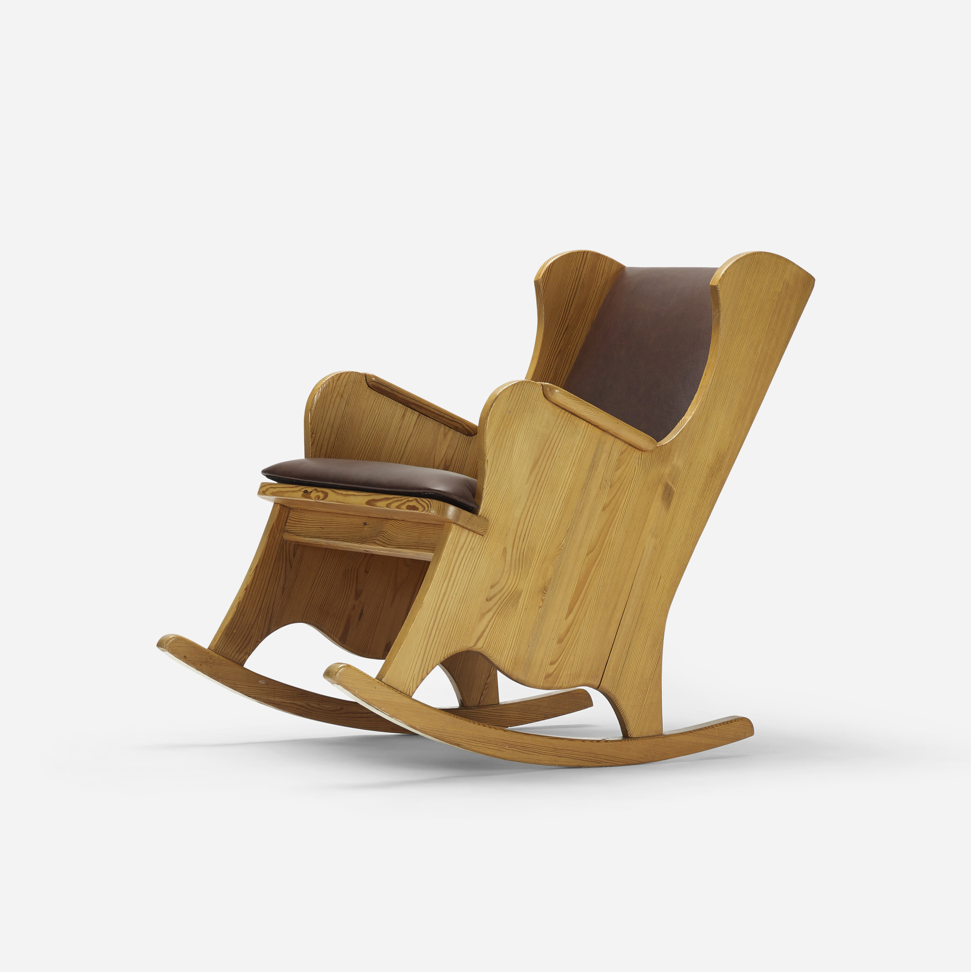 246: Axel Einar Hjorth / Lovo rocking chair (1 of 2)