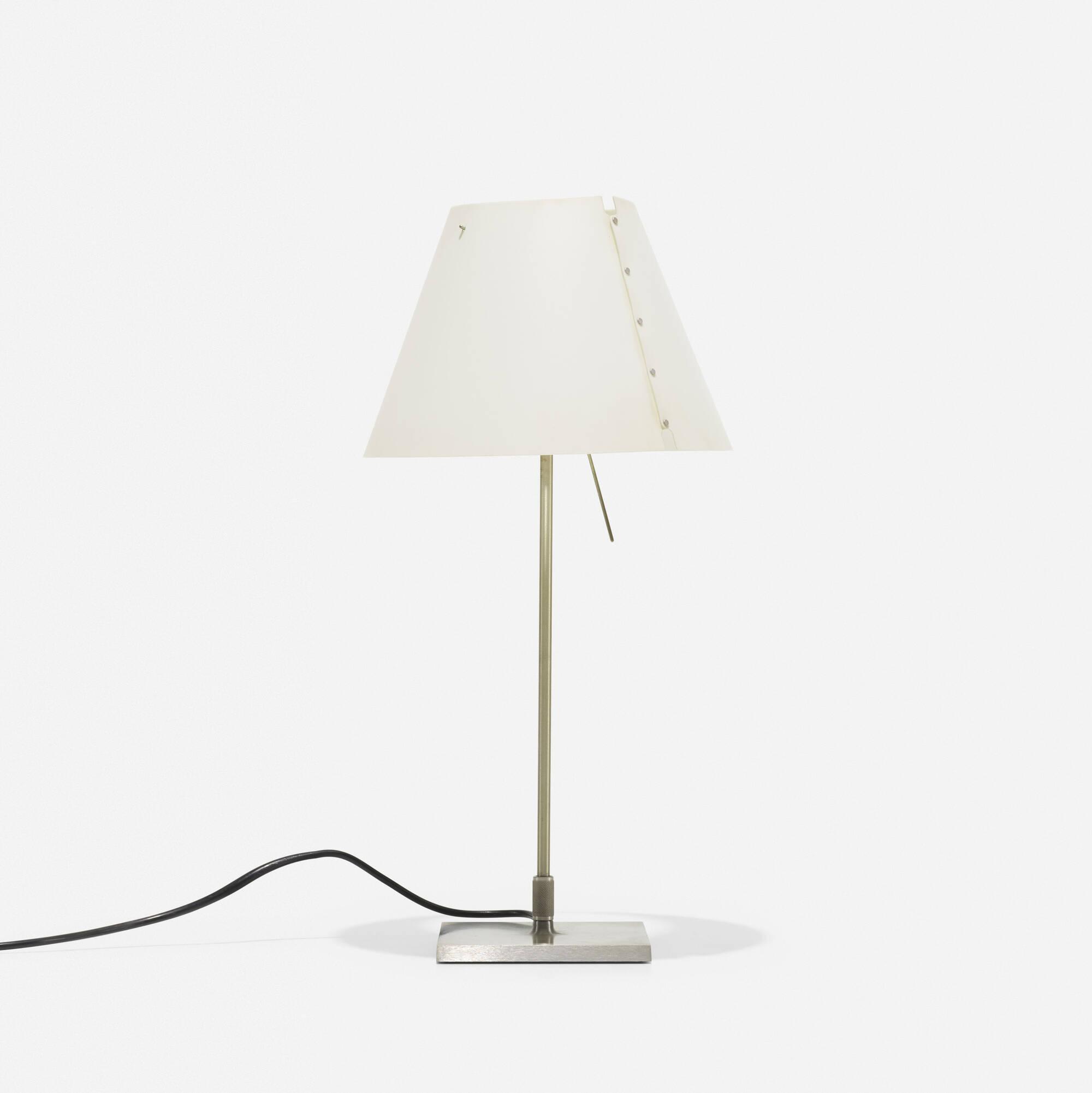 247: Paolo Rizzatto / Costanzina table lamp (1 of 1)