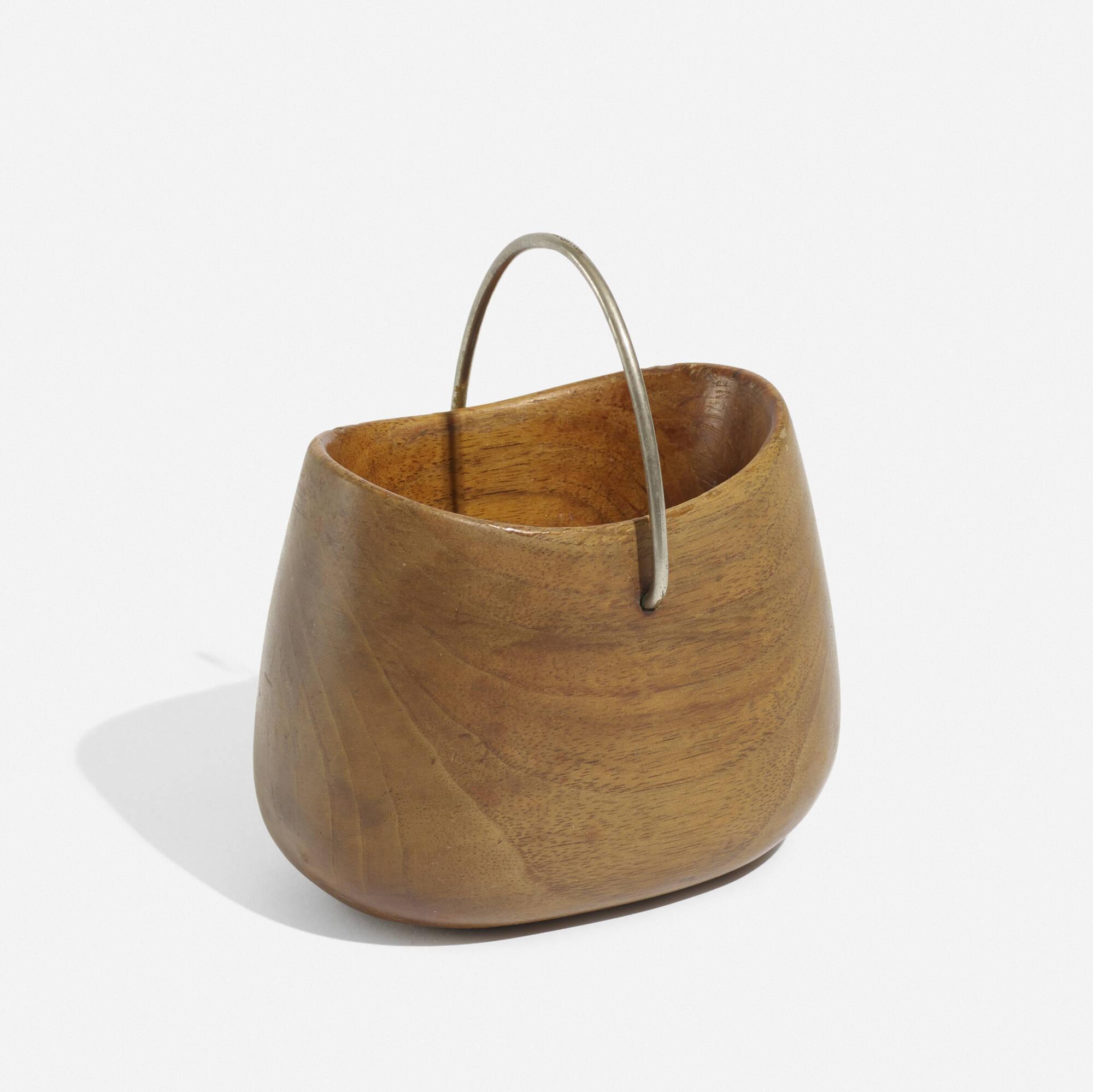 250: Carl Auböck II / sugar bowl, model 4194 (1 of 2)
