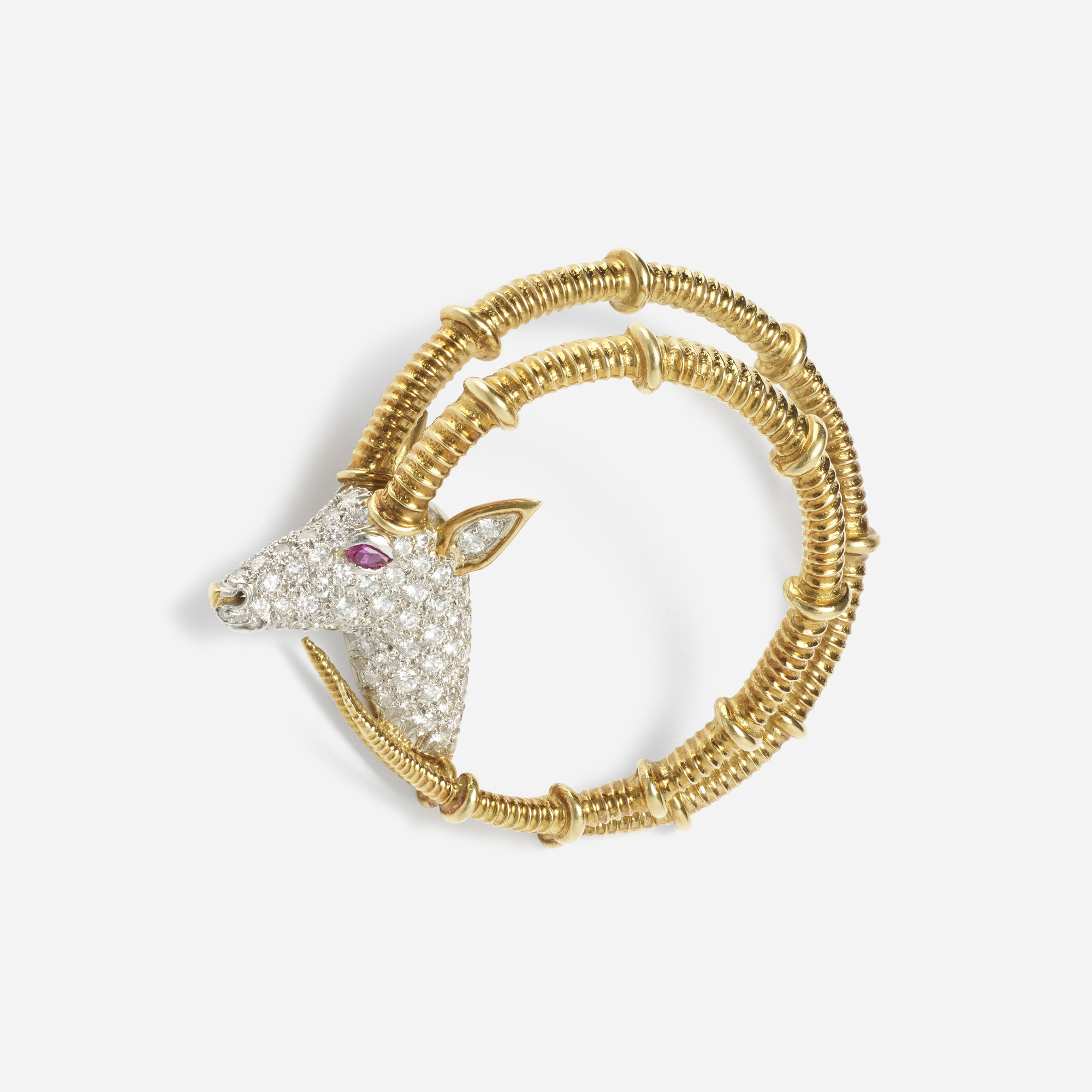 251: Jean Schlumberger / A gold, platinum, diamond and ruby brooch (1 of 1)