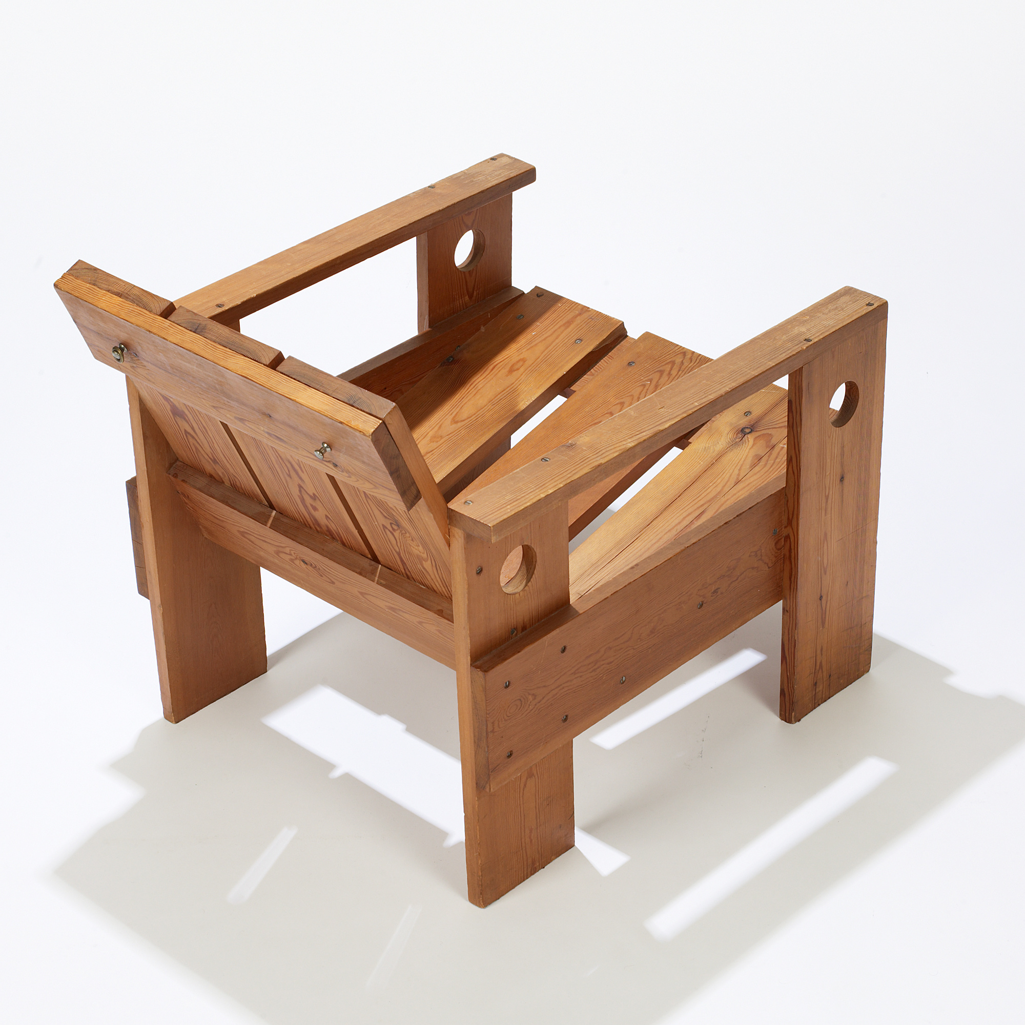 Cool 255 Gerrit Rietveld Crate Chair Important Design Day 1 Download Free Architecture Designs Scobabritishbridgeorg