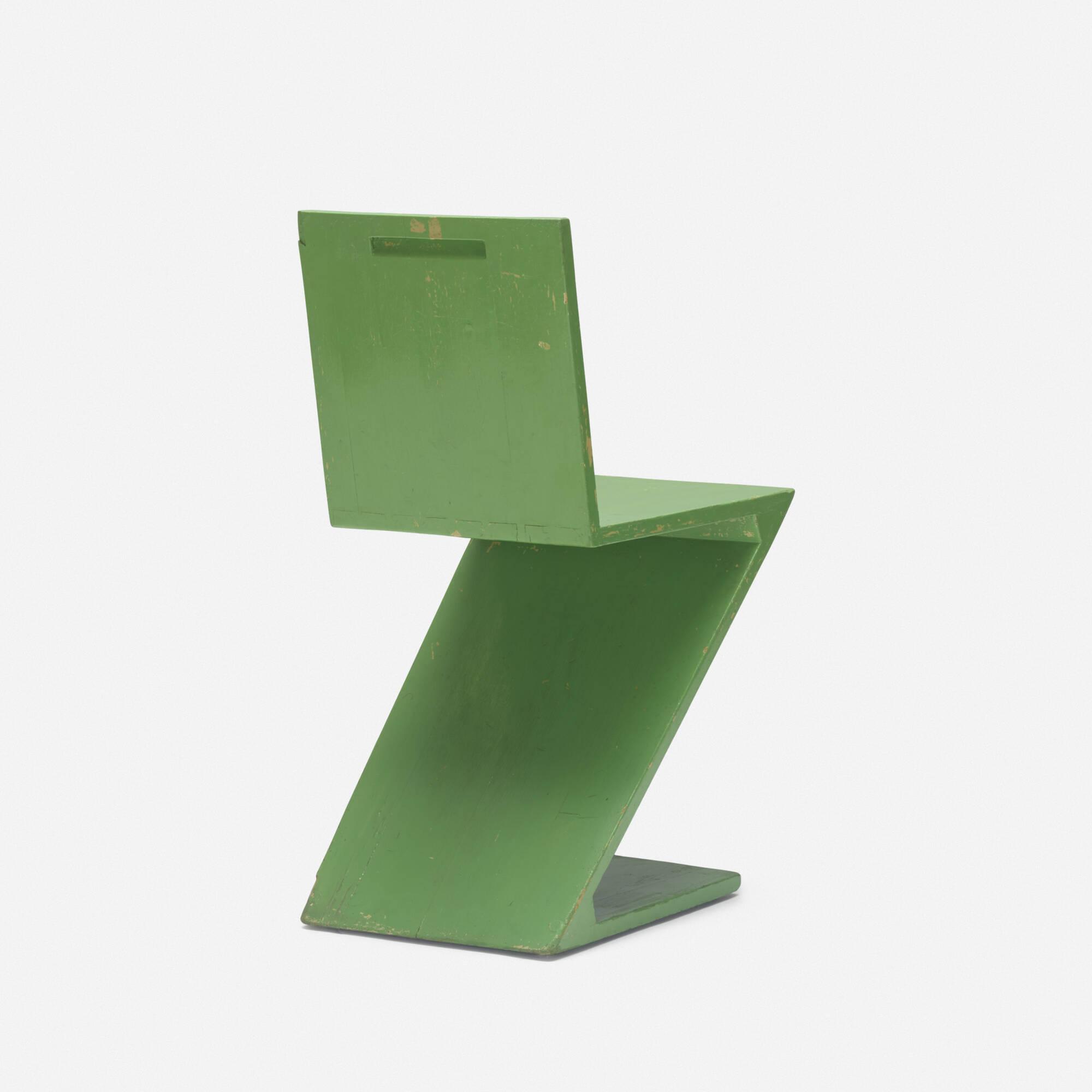 256: Gerrit Rietveld / Zig Zag chair (2 of 3)