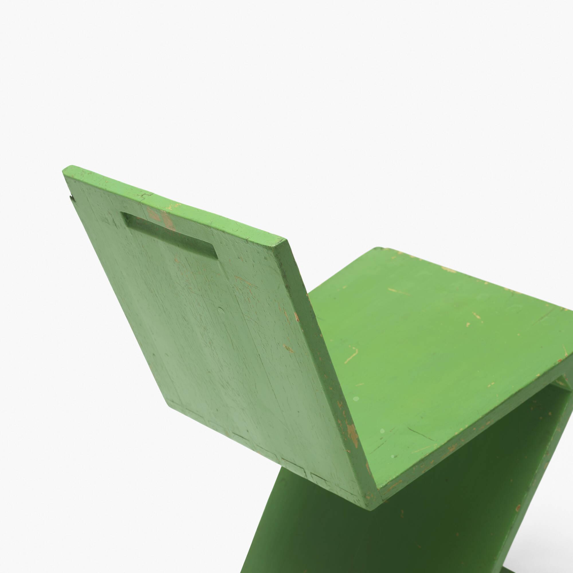 256: Gerrit Rietveld / Zig Zag chair (3 of 3)