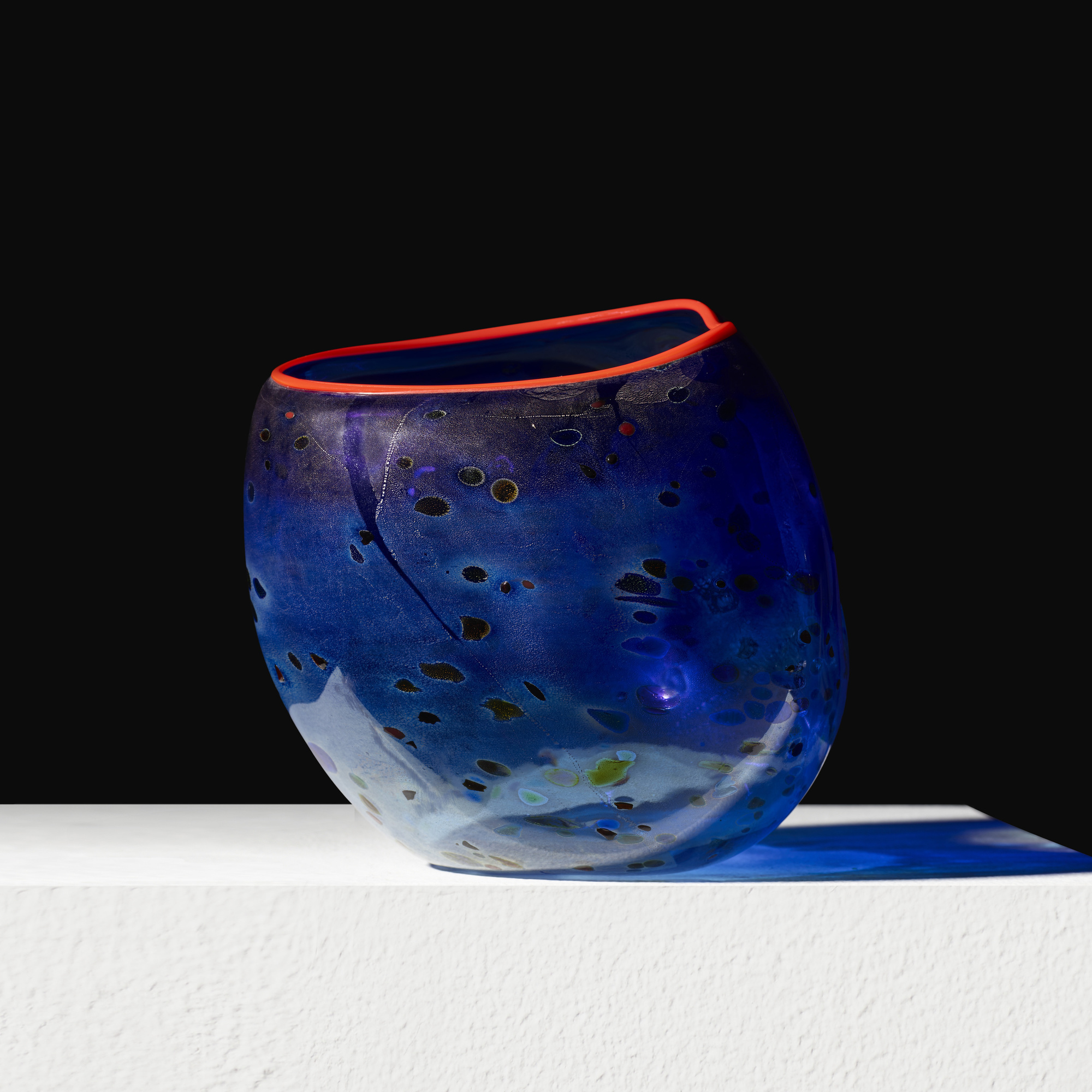 257: Dale Chihuly / Cobalt Blue Basket with Red Lip Wrap (1 of 3)