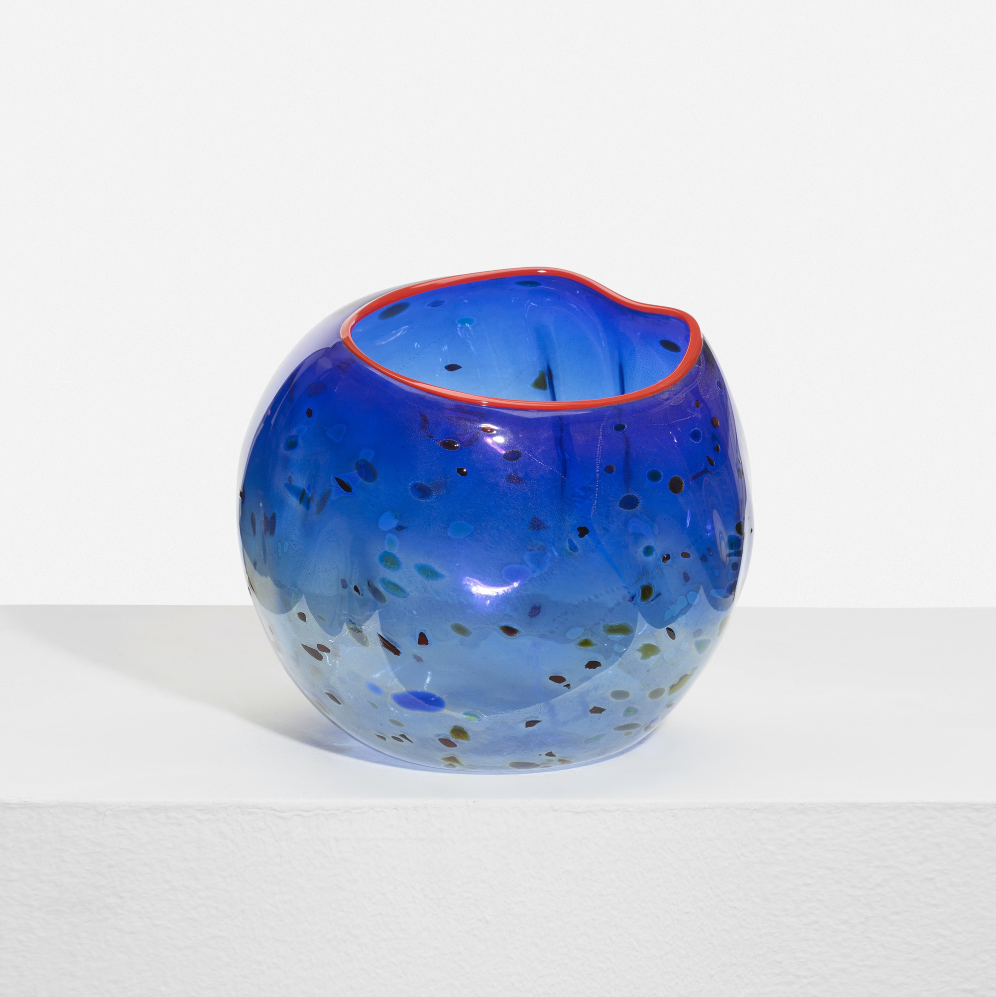 257: Dale Chihuly / Cobalt Blue Basket with Red Lip Wrap (2 of 3)