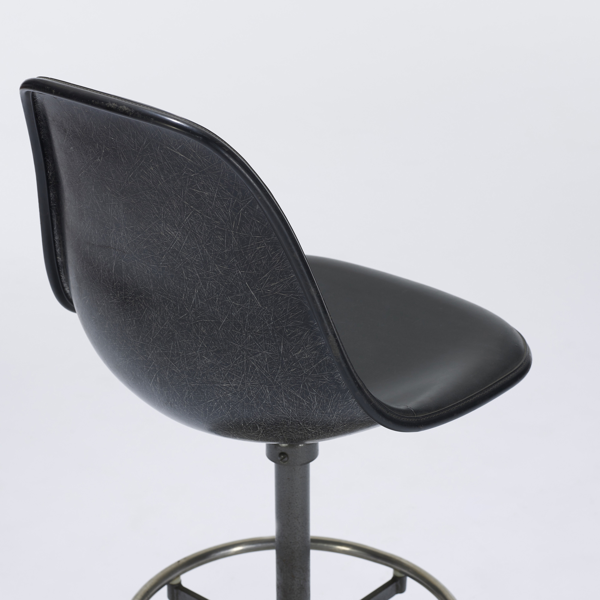 ... 257 Charles and Ray Eames / drafting chair model EC123-06 (3 & 257: CHARLES AND RAY EAMES drafting chair model EC123-06 u003c Eames ...