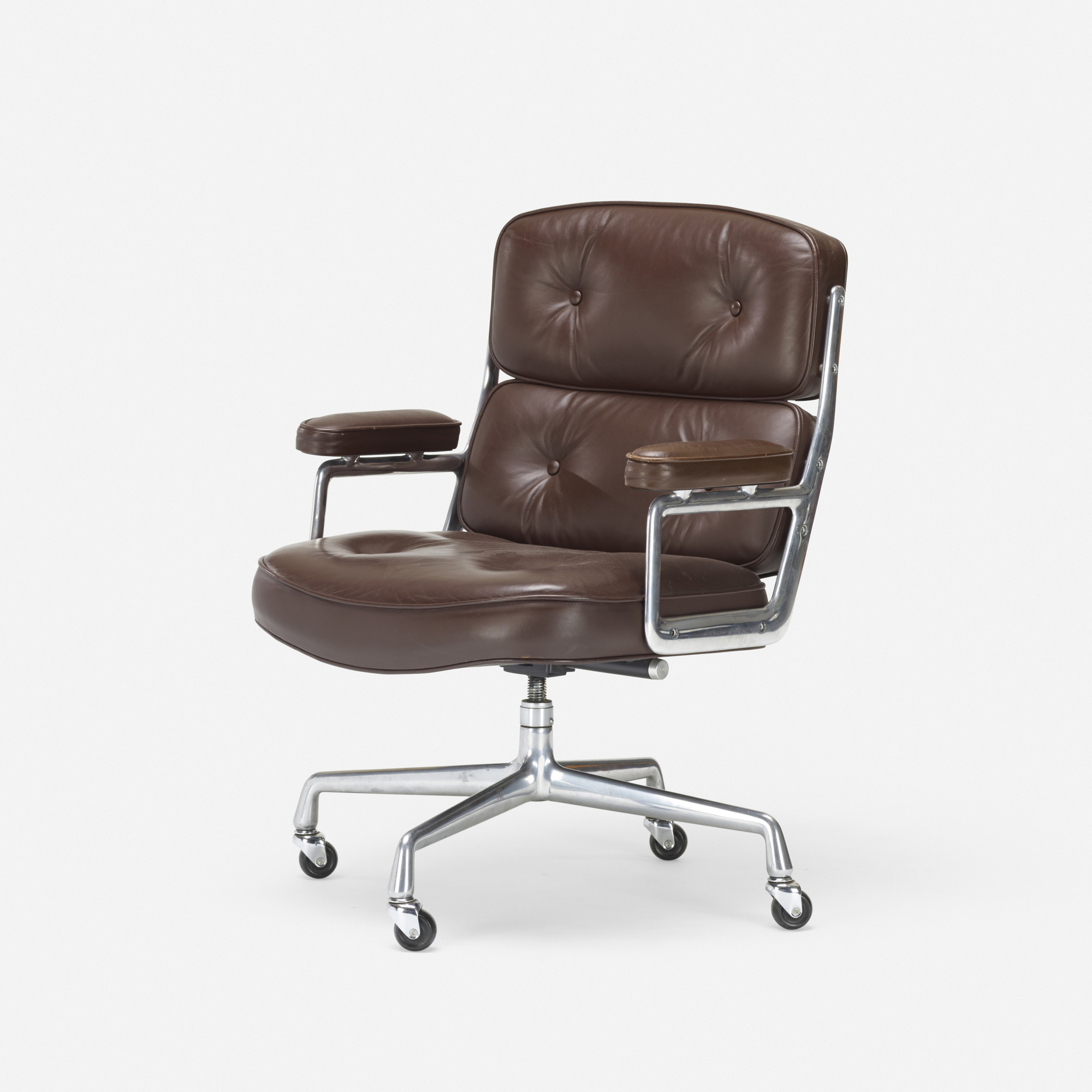 258: Charles and Ray Eames / Time Life armchair (1 of 3)