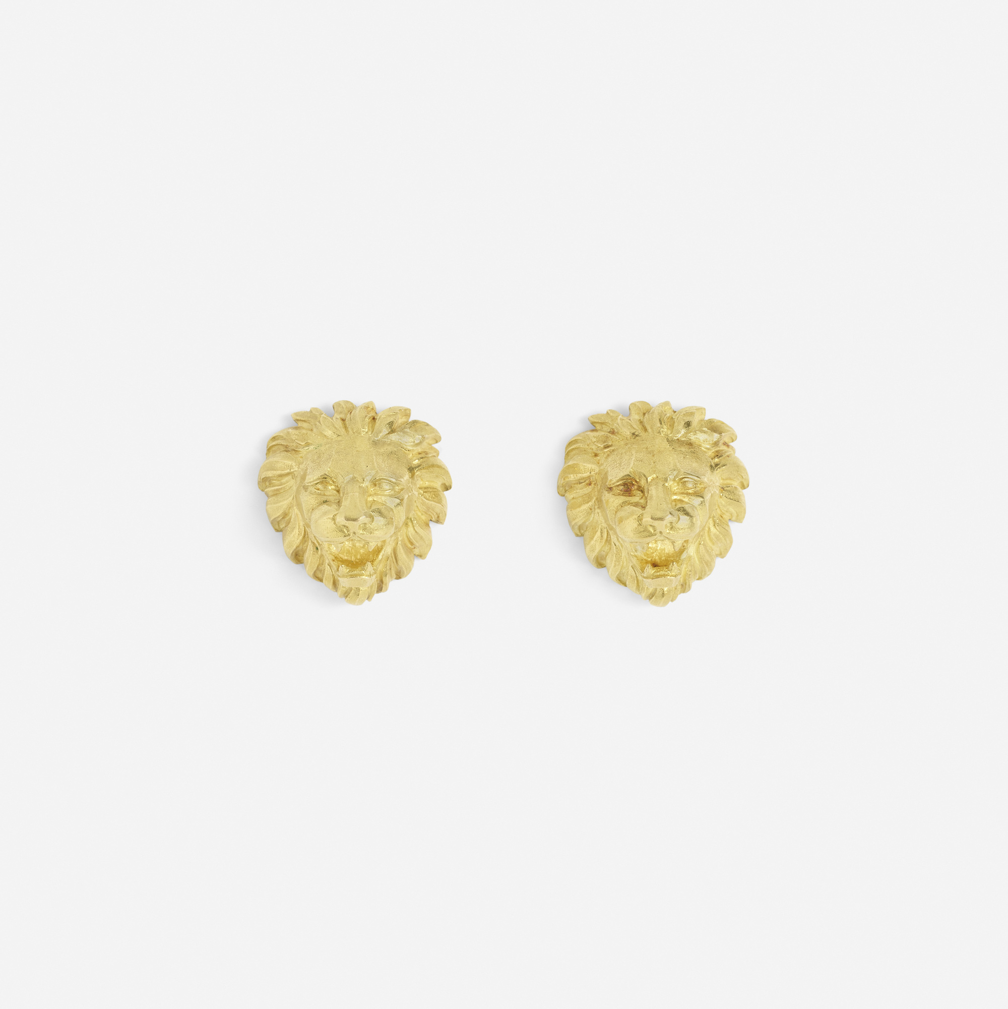 259:  / A pair of gold Lion cufflinks (1 of 2)
