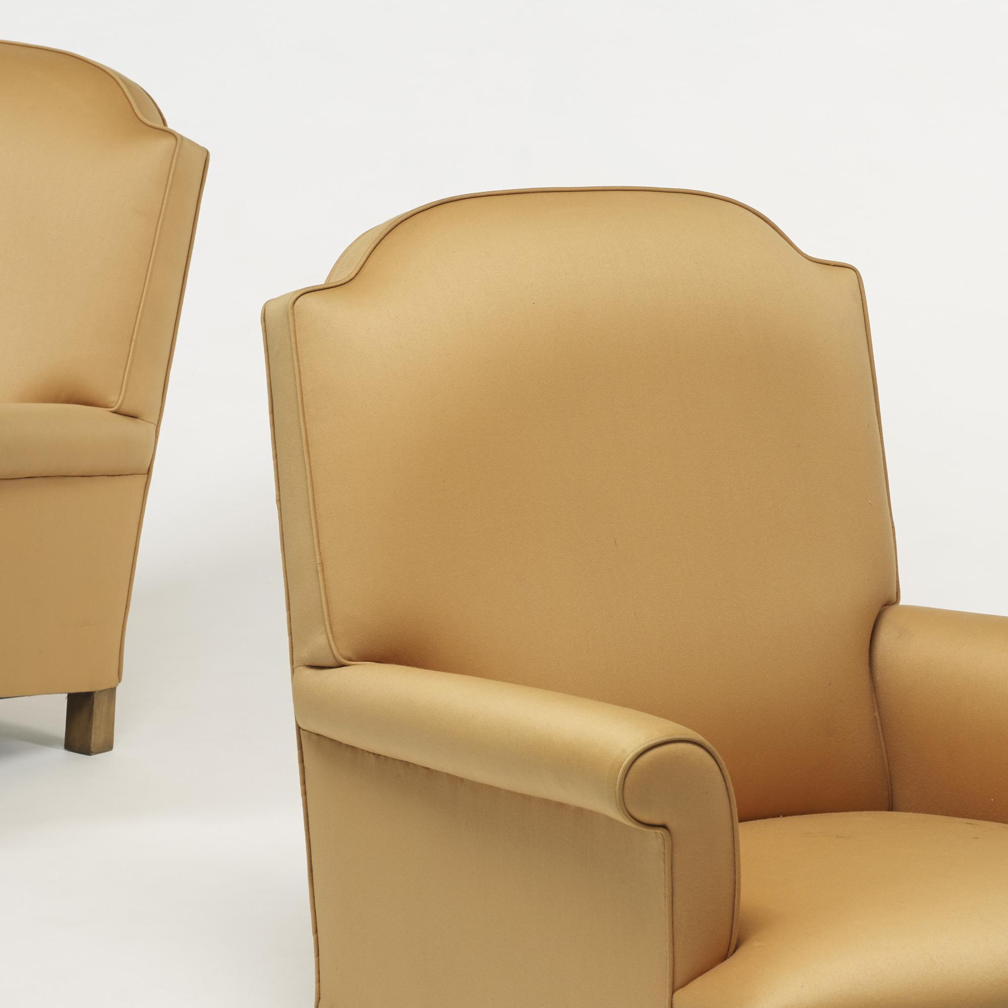 259: Bridgewater / lounge chairs, pair (3 of 3)