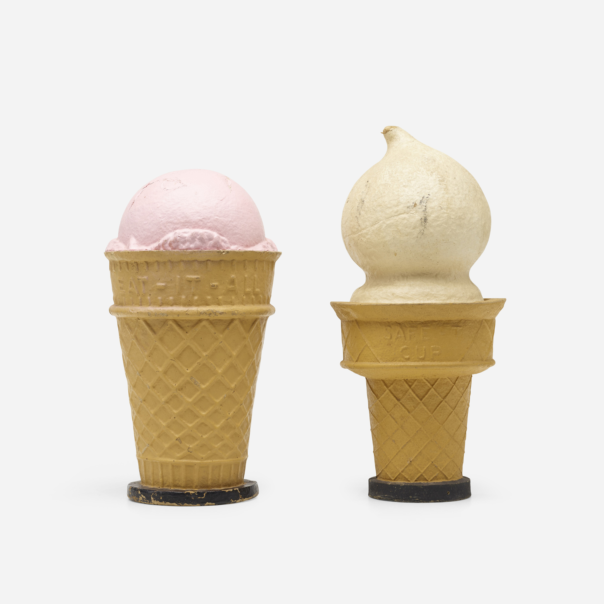 260: American / monumental ice cream cone displays, set of two (1 of 2)