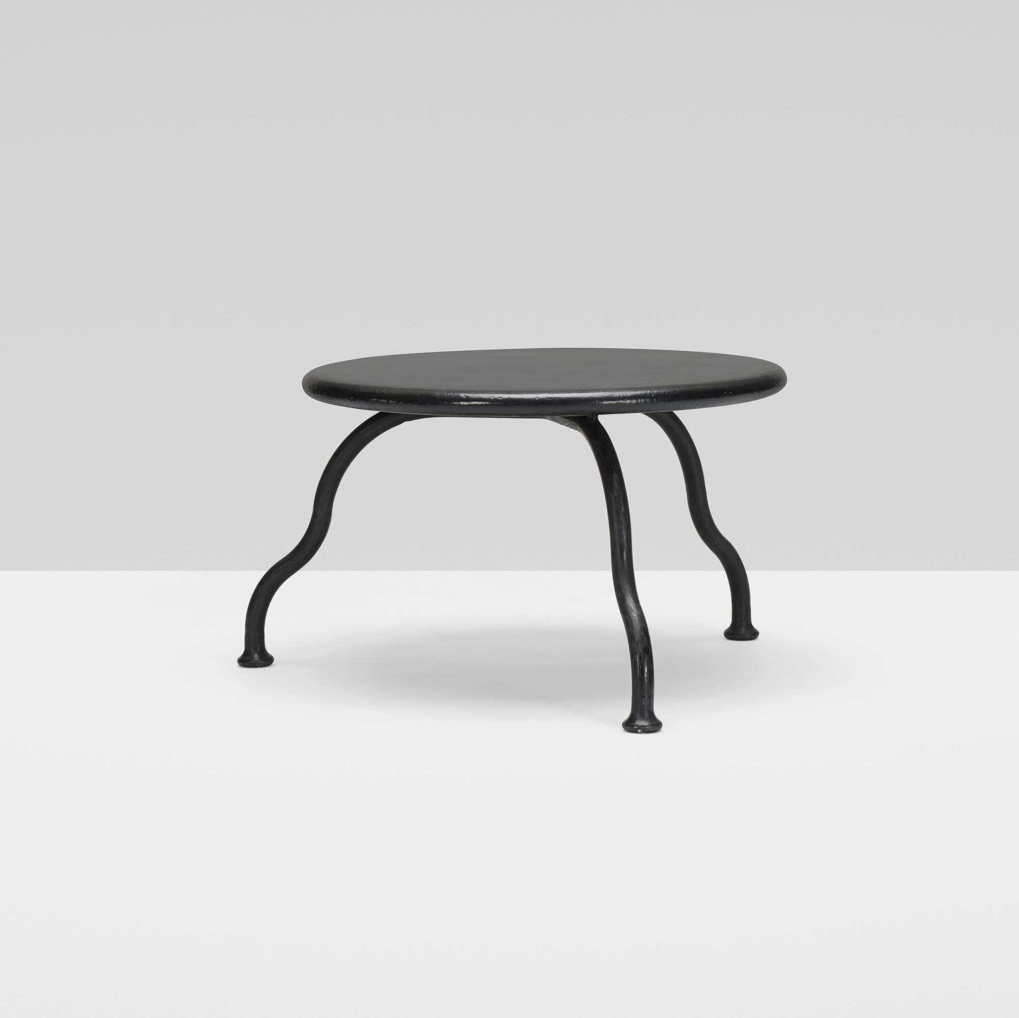 262: Atelier Van Lieshout / Bad Little Table (2 of 3)