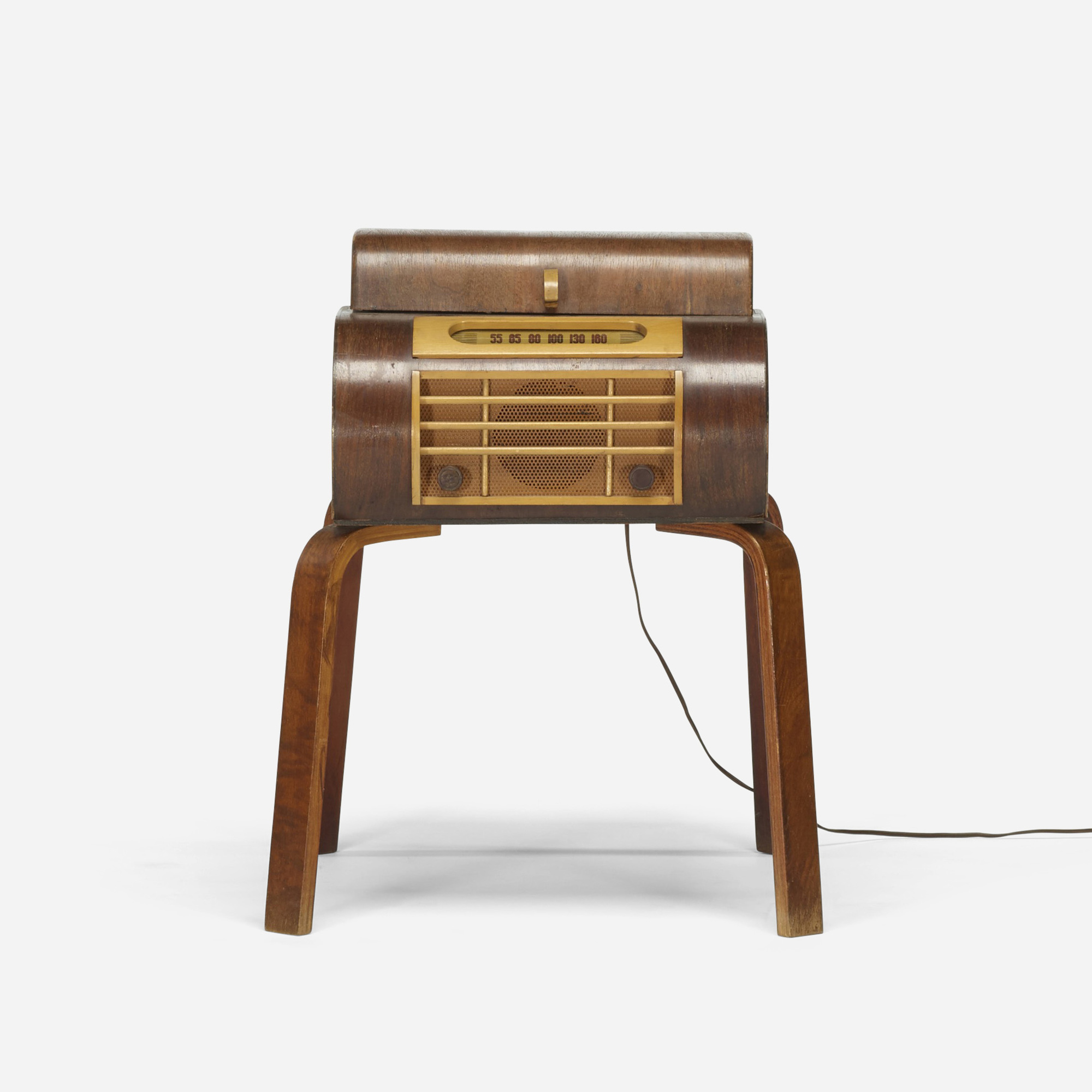 264: In the manner of Charles and Ray Eames / radio and turntable (1 of 3)