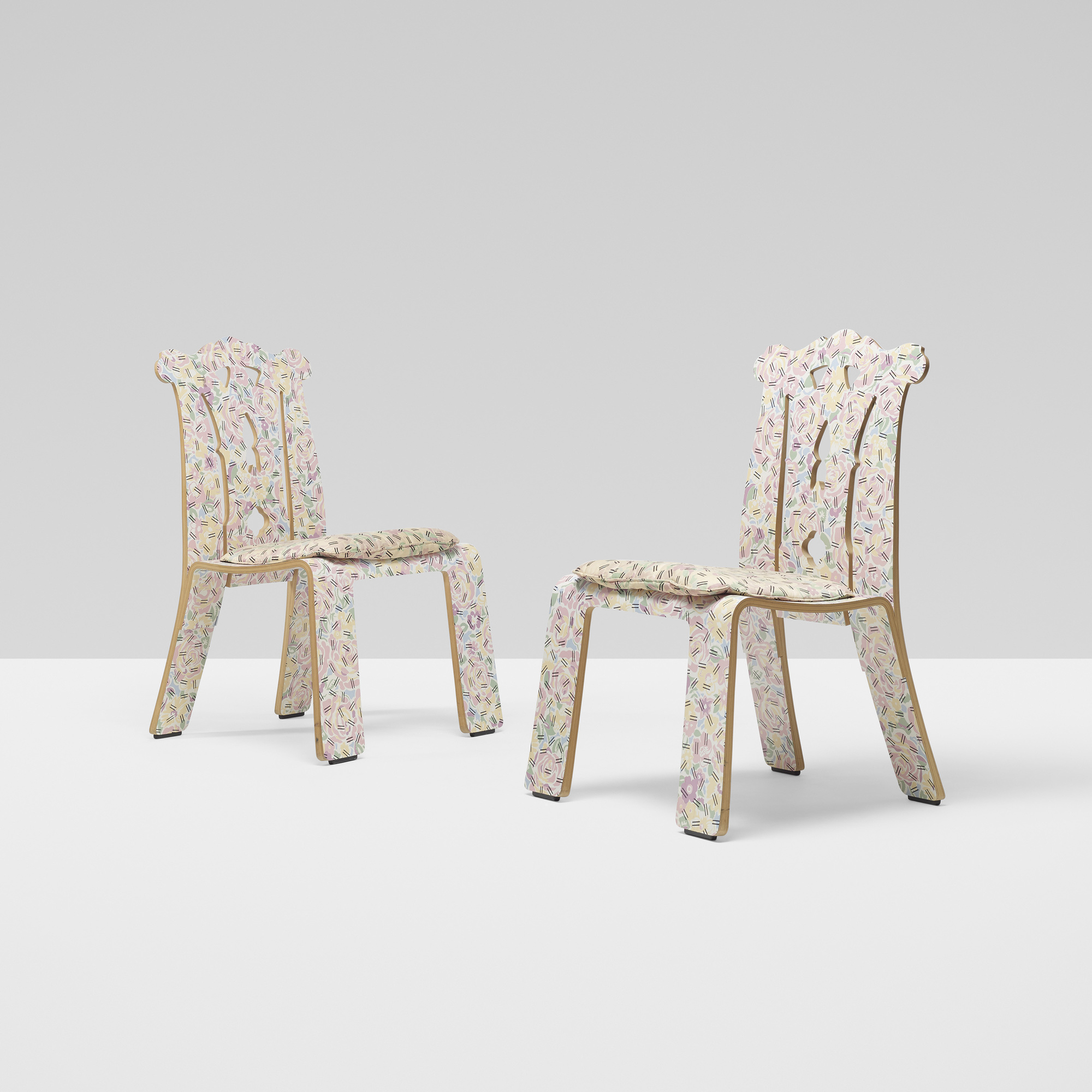 265 Robert Venturi / Chippendale chairs pair (1 of 4)  sc 1 st  Wright20 & 265: ROBERT VENTURI Chippendale chairs pair u003c Design 10 December ...