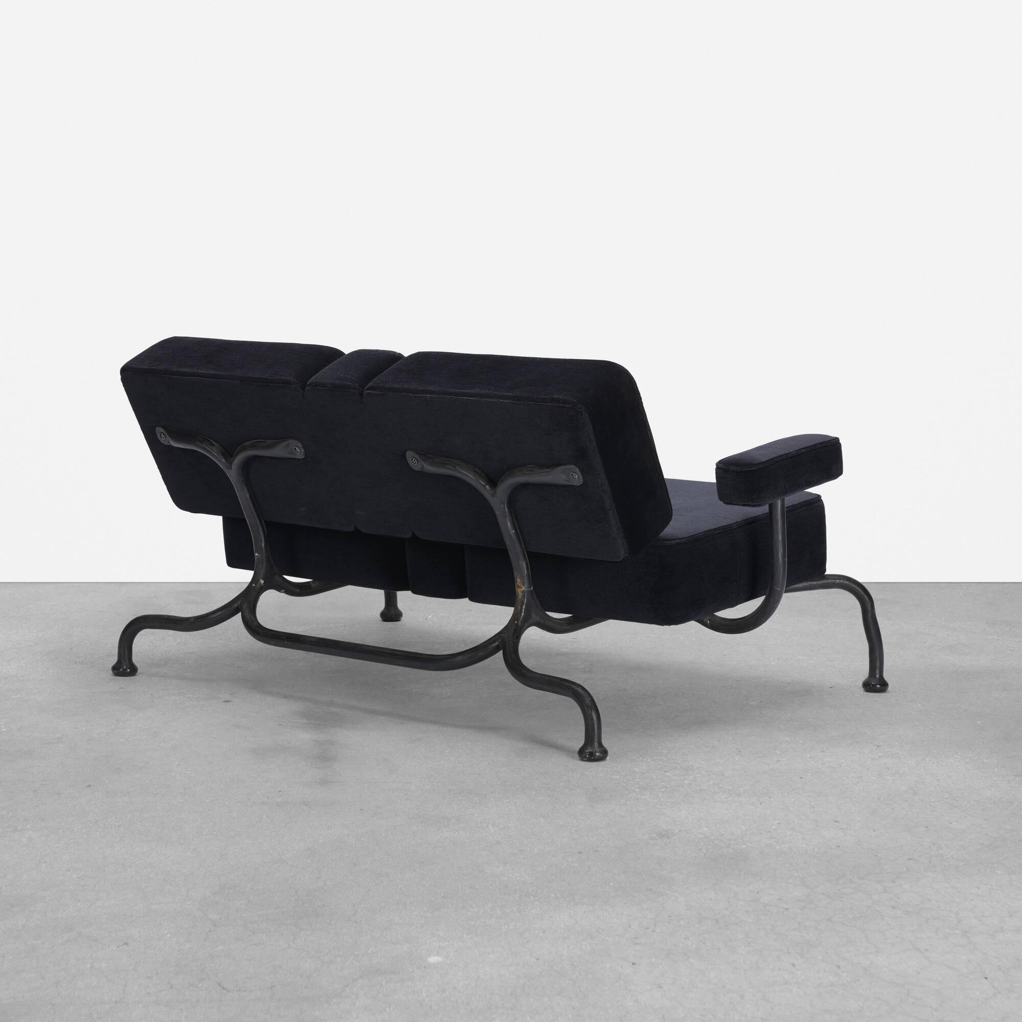 265: Atelier Van Lieshout / Bad Club Sofa (1 of 5)